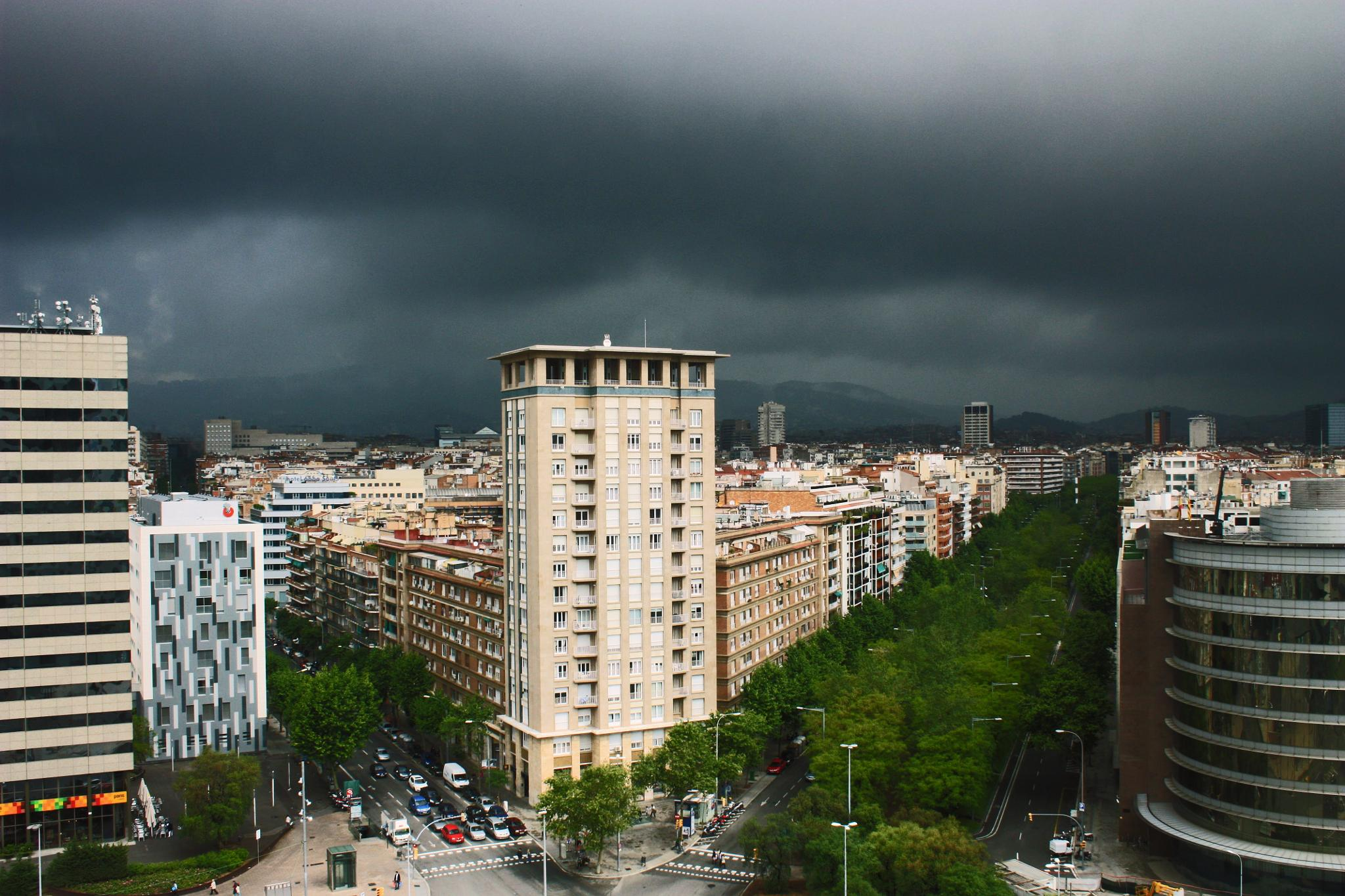 Stormy Afternoon in Barcelona by Slimboyfat