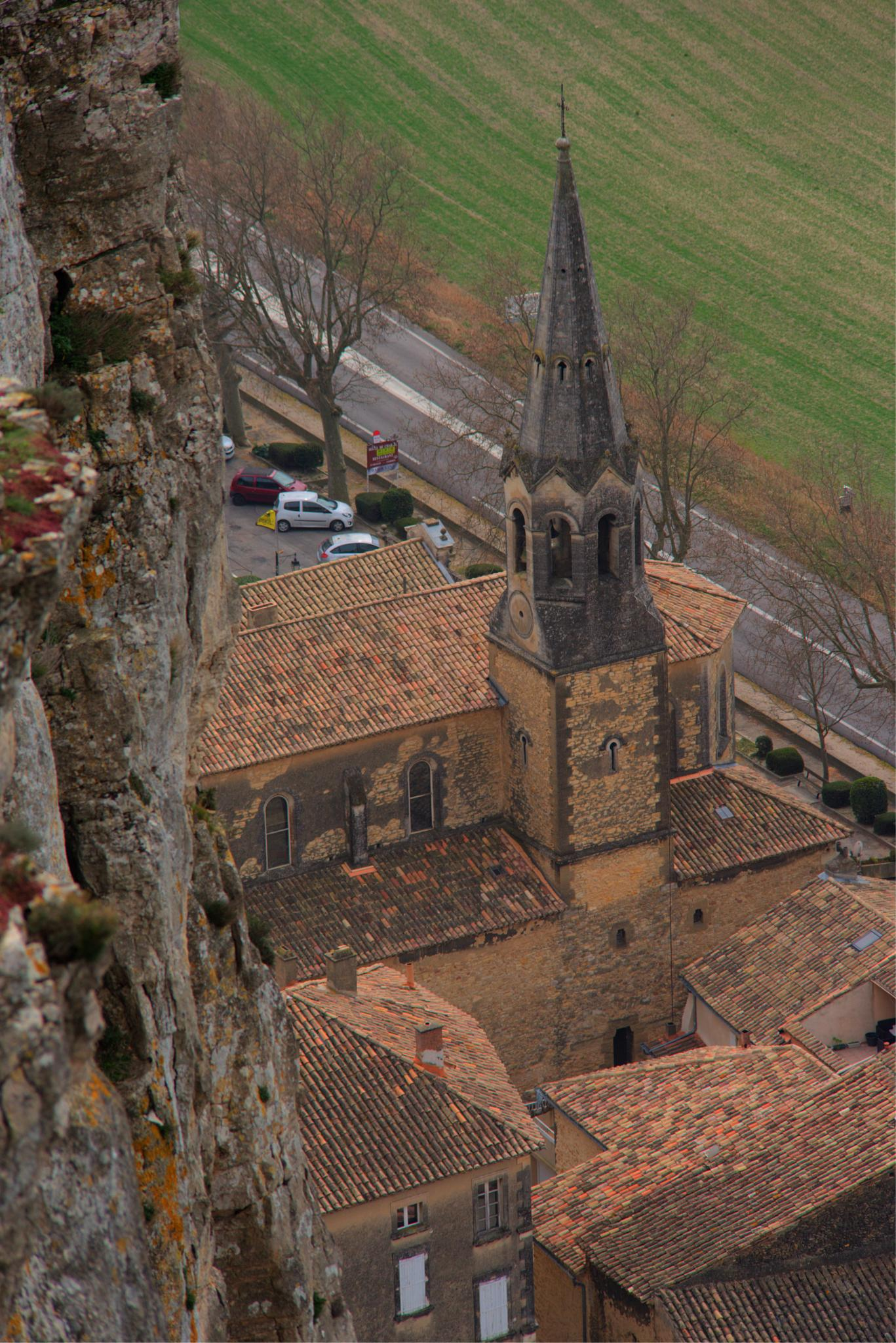 Eglise de Mornas by bernardf142