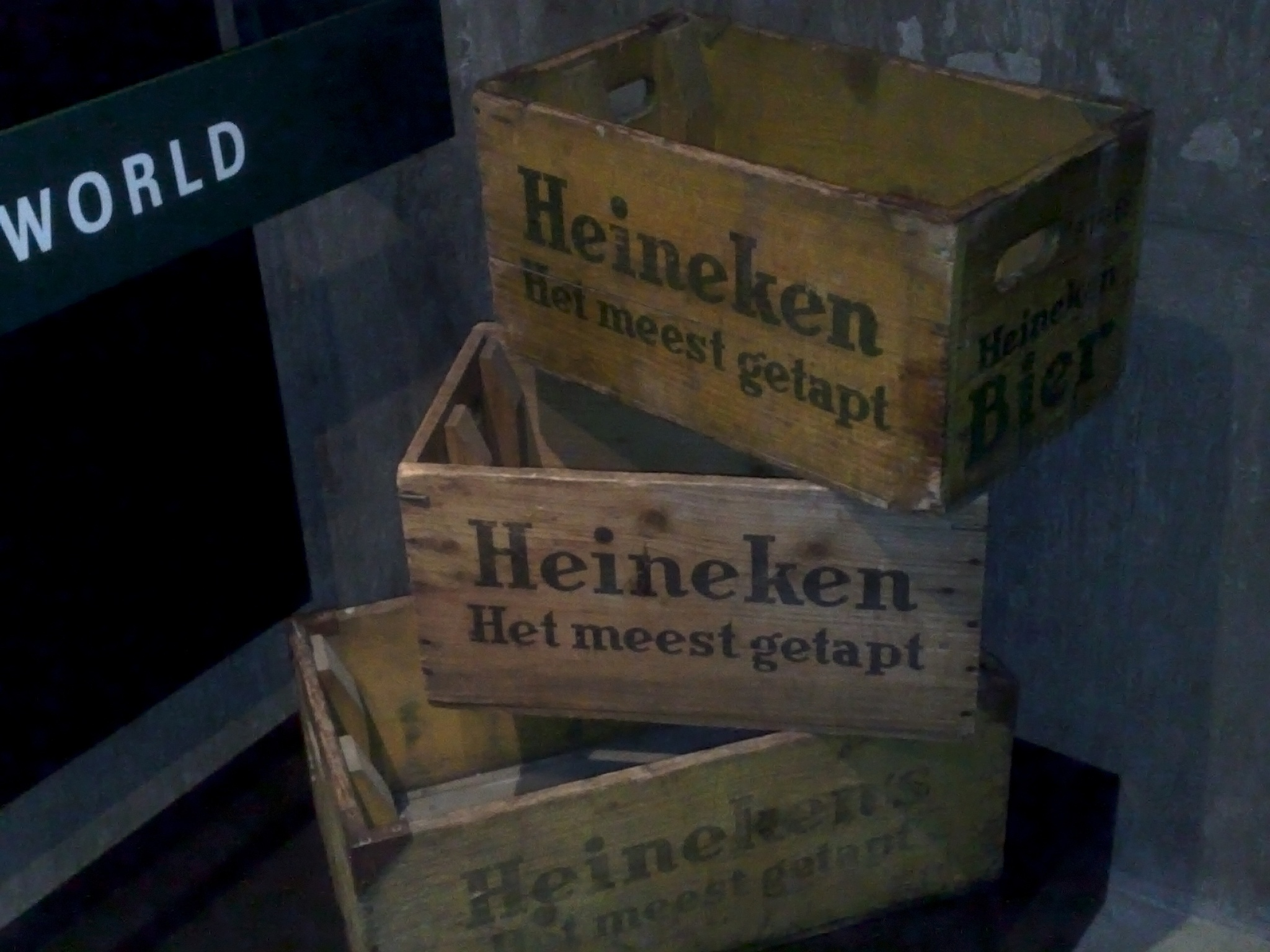 Some of the first cases of Heineken by vladoamigostravel