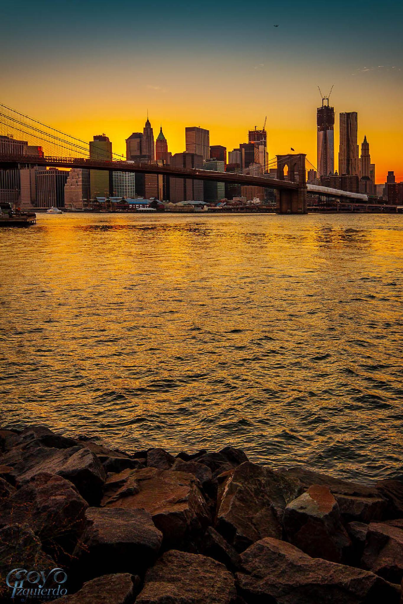 Skyline New York, Brooklyn shore by espaciosyluz