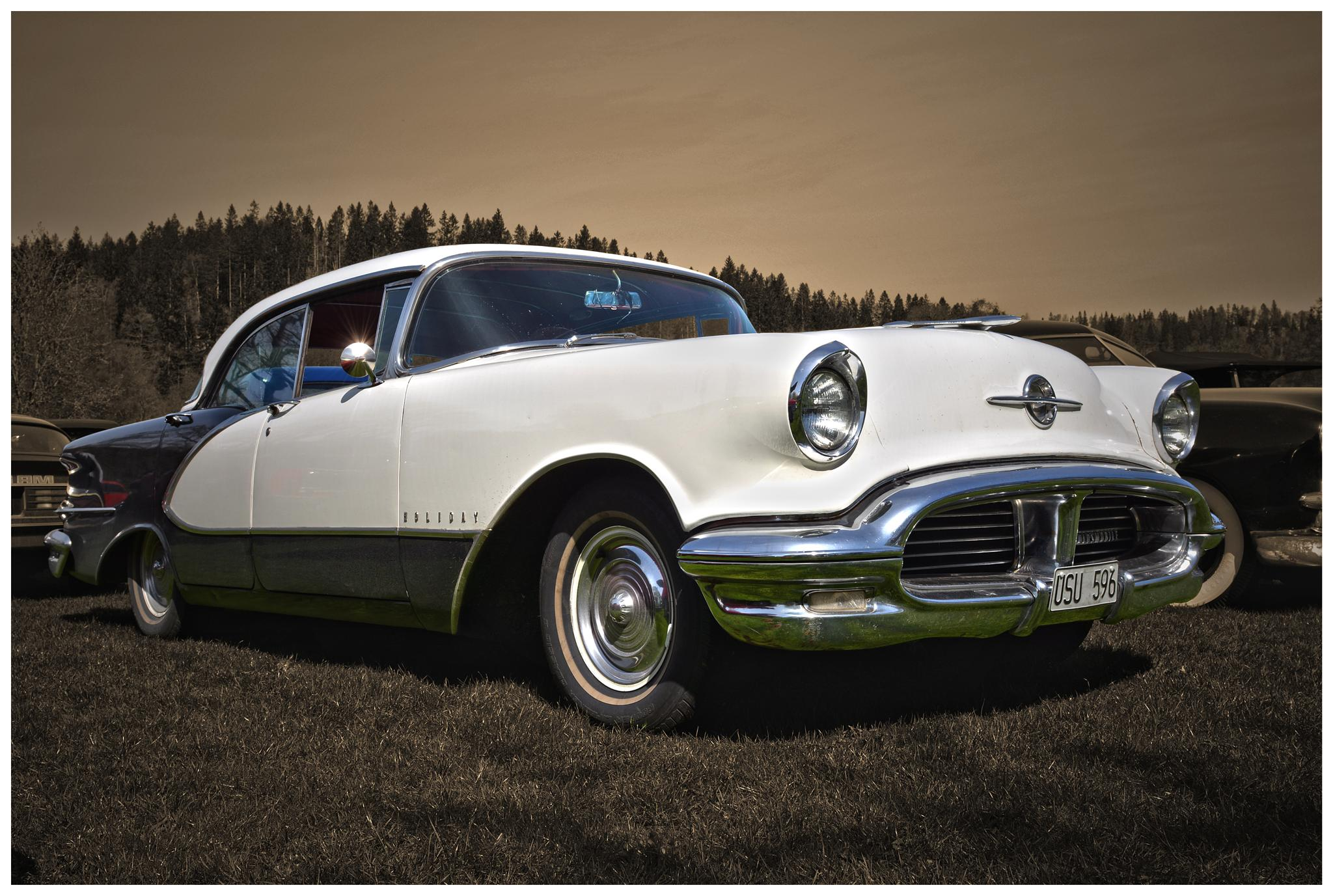 1956 Oldsmobile Holiday 4dr by Linda Persson