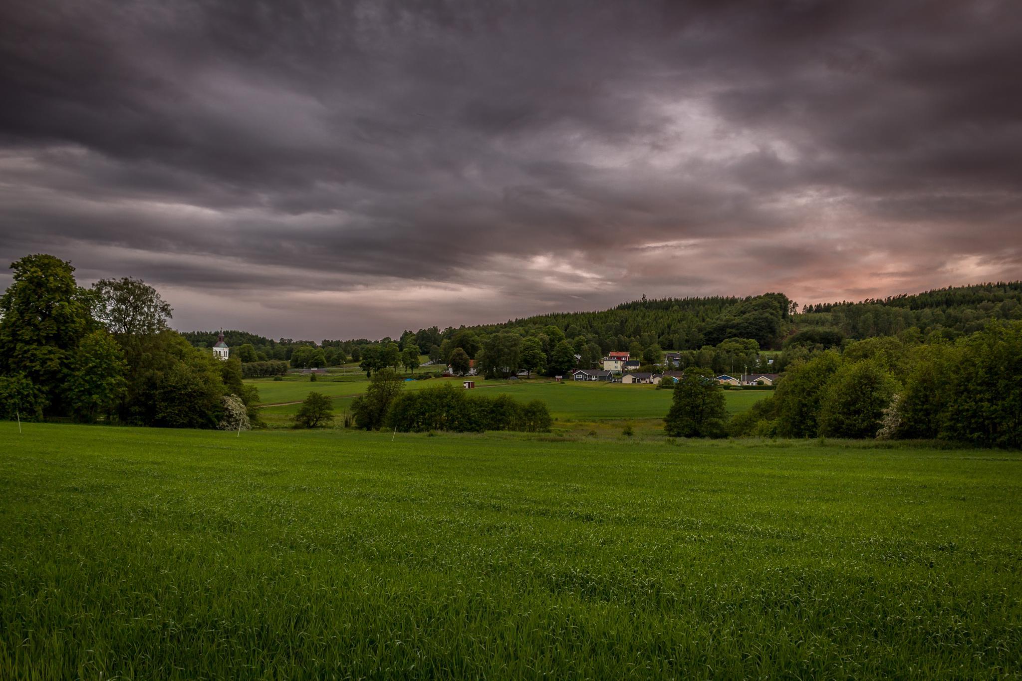 Dusk at the village. by Magnus Bengtsson