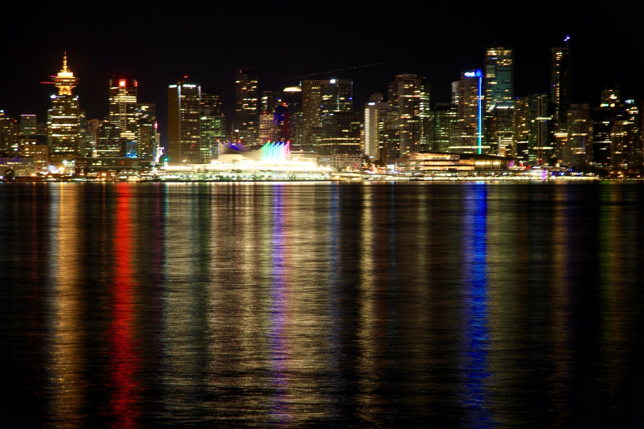 Vancouver by night by sarahgradal
