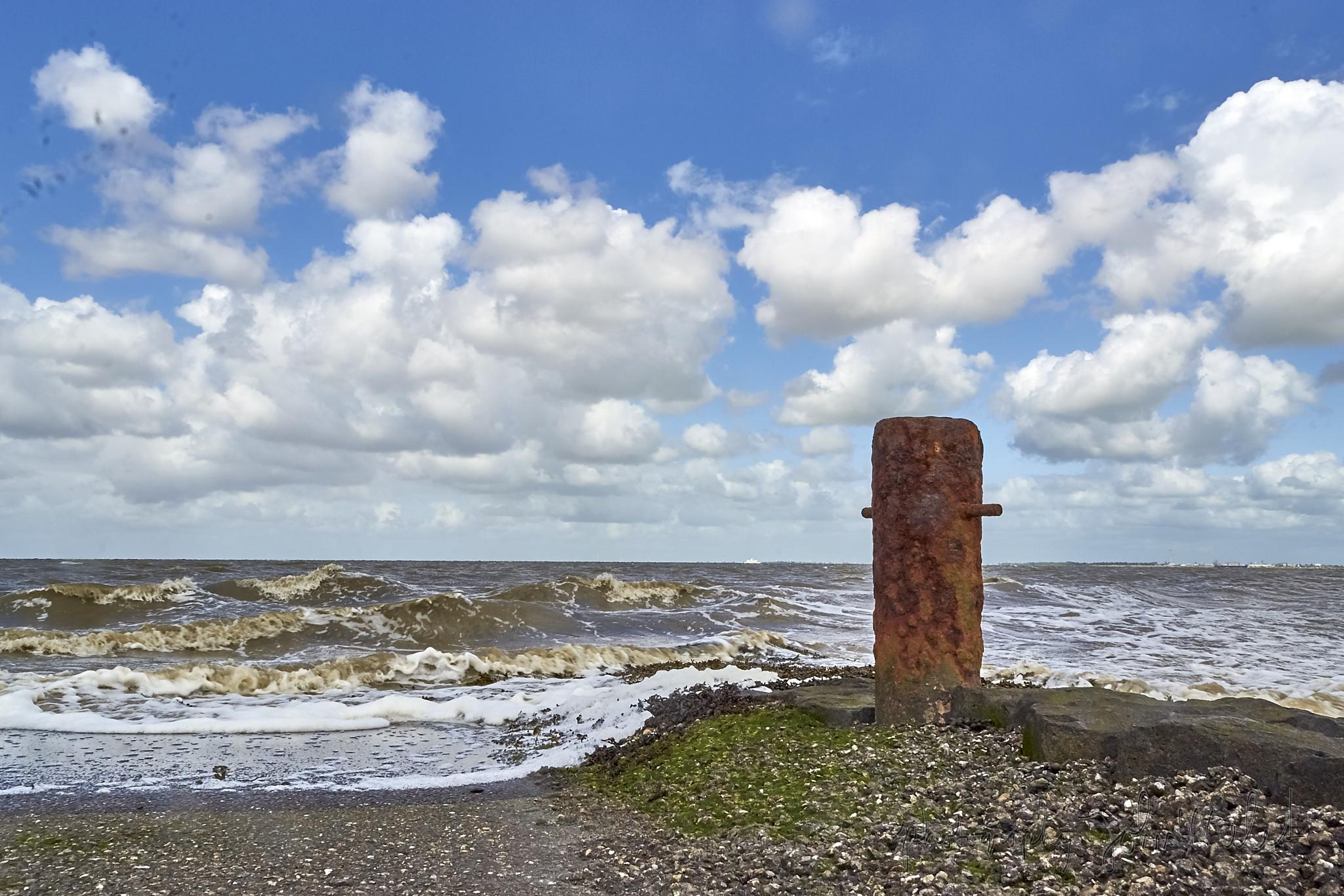 The coast of Delfzijl by John Melet