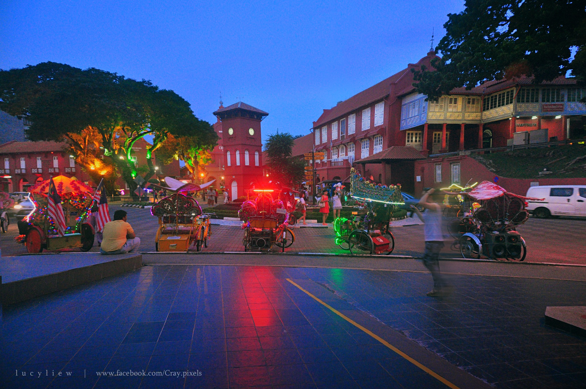 Evening at the Dutch Square by lucyliew