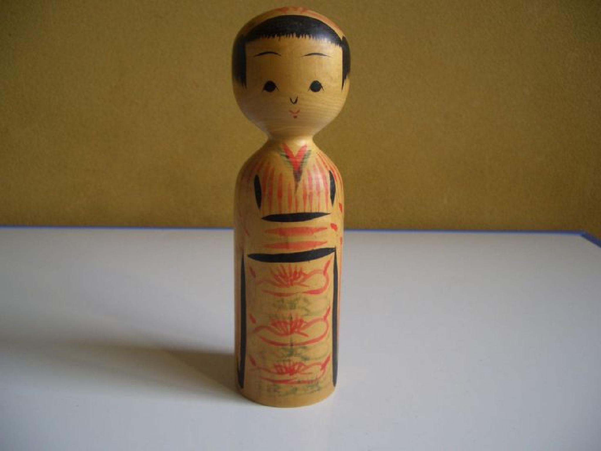 Japanese kijiyama style kokeshi doll Miyahara Yasuharu 2001 by Hiroshi Fukushima