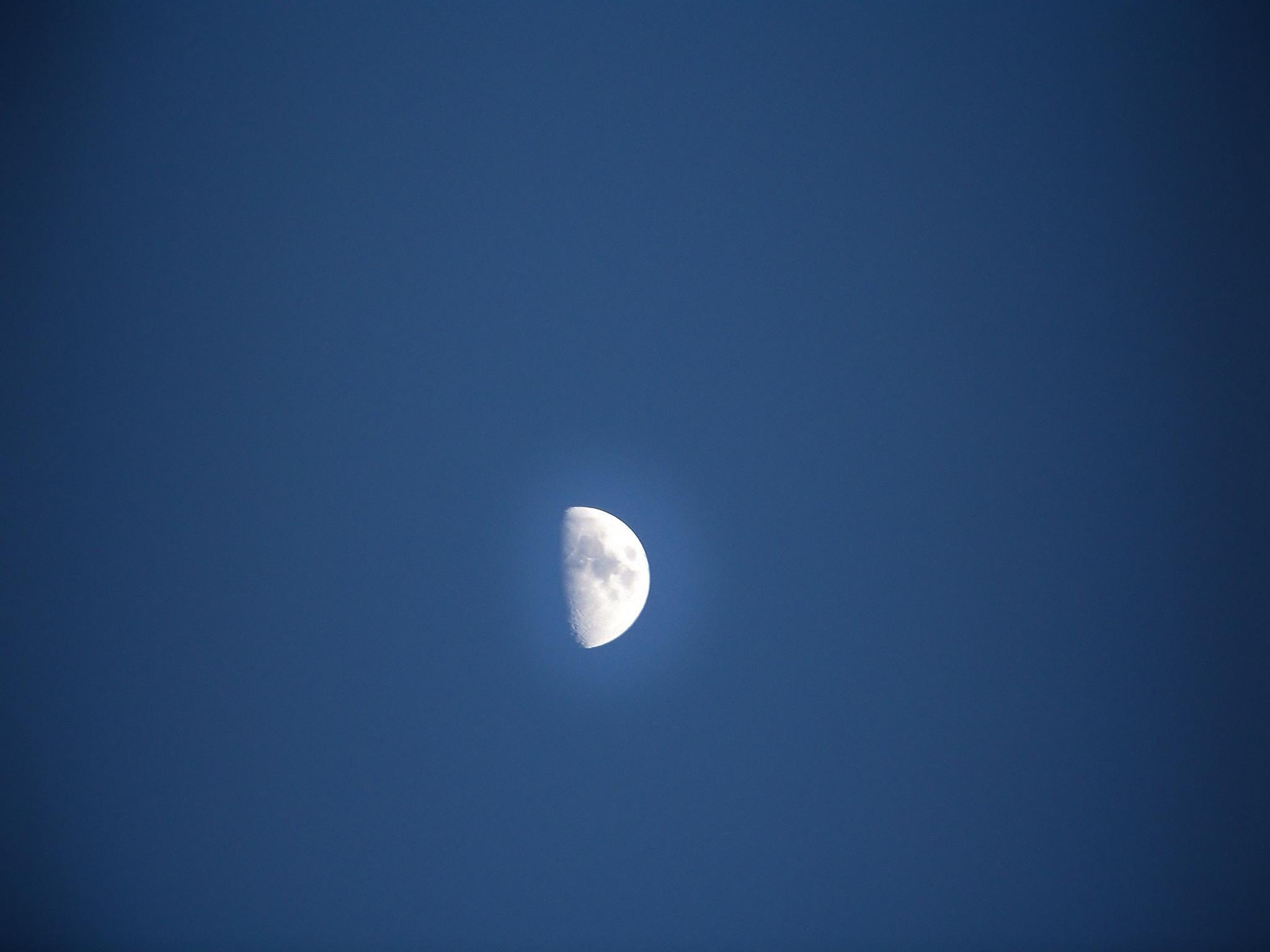 Lovely Luna tonight! by kbgarvey