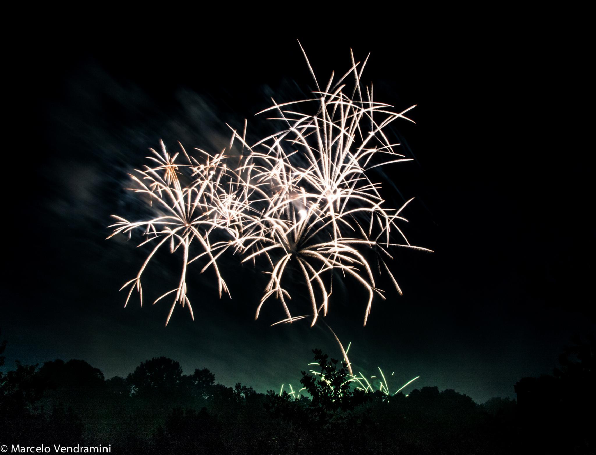 Fireworks San Giovanni in Monza, Italy by Marcelo Vendramini