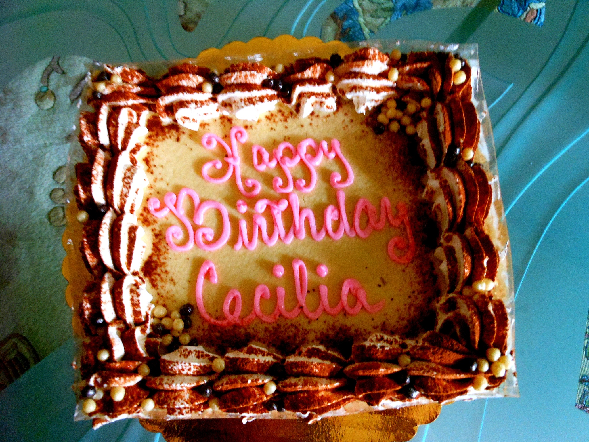 Mom's Birthday Cake  by Hwang1970