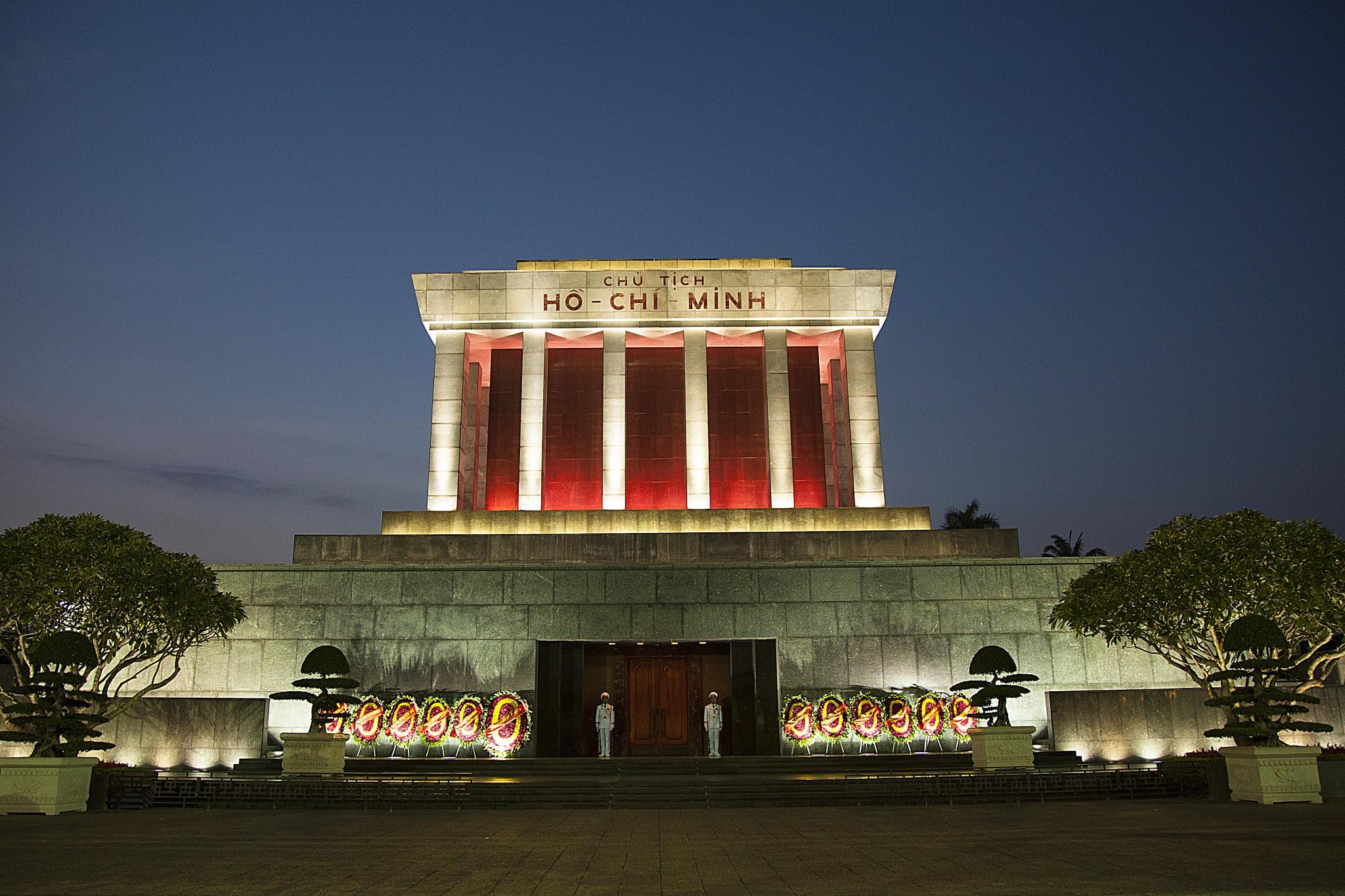 Ho Chi Minh Mausoleum, Hanoi, Vietnam by Anders Jonsson