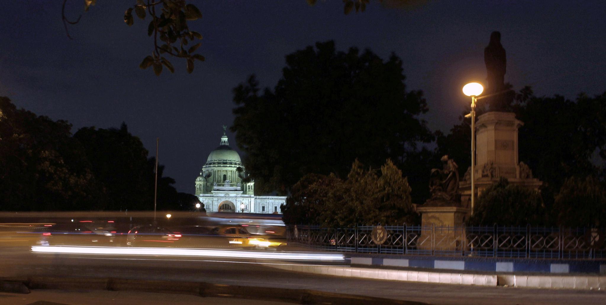 Historic Victoria Memorial, Kolkata by subhagatadey