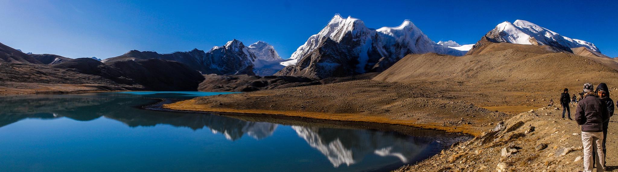 Lake Gurudomner, North Sikkim, India by subhagatadey