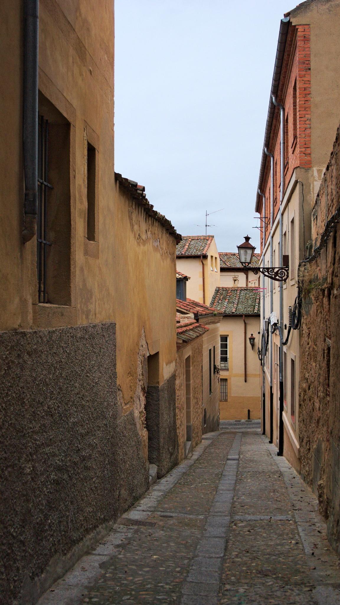 A narrow passageway by Alex Zalesny