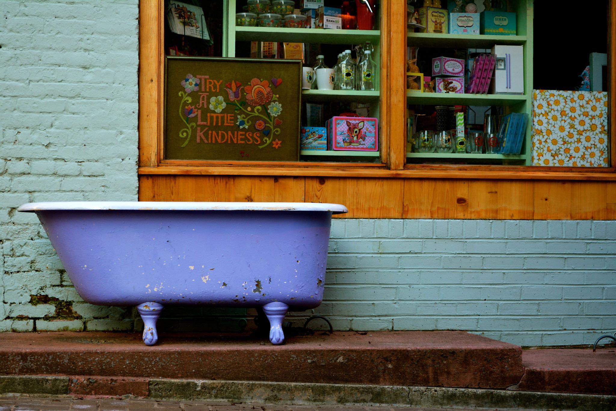 Alley Tub by tdoaks