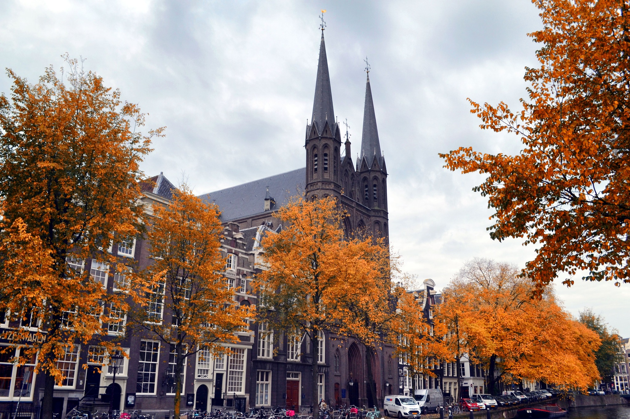 Amsterdam by Fred Matos