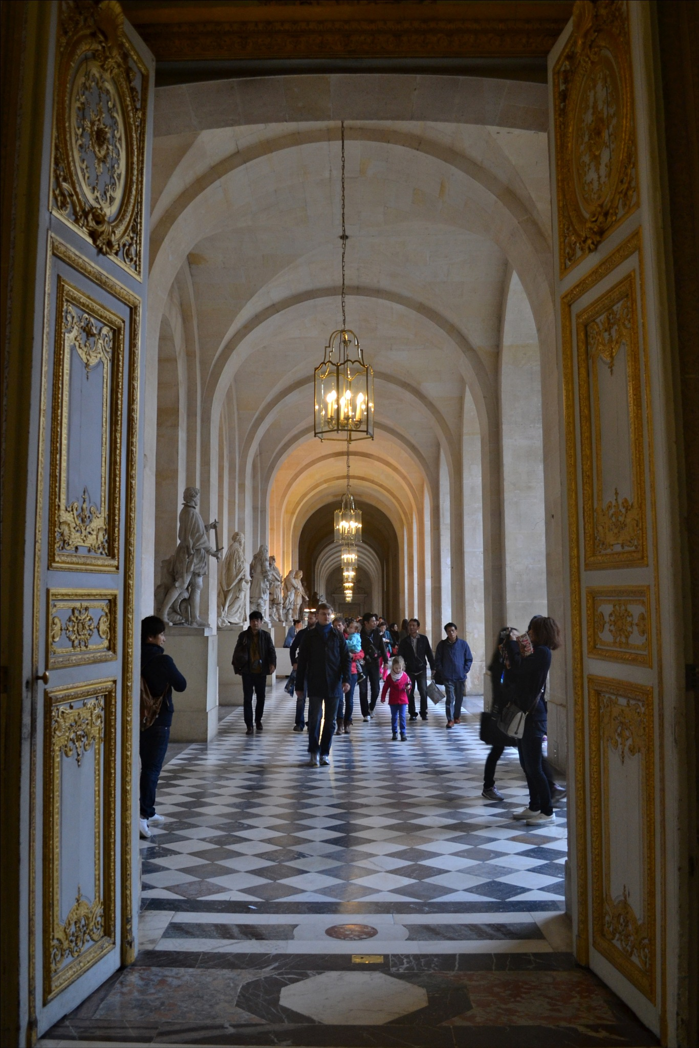 Entrance door to the exhibition wing of statues of the Palace of Versailles by Fred Matos