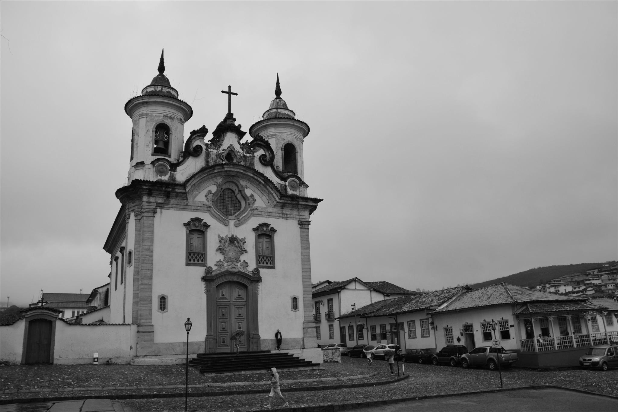 Igreja de Nossa Senhora do Carmo by Fred Matos