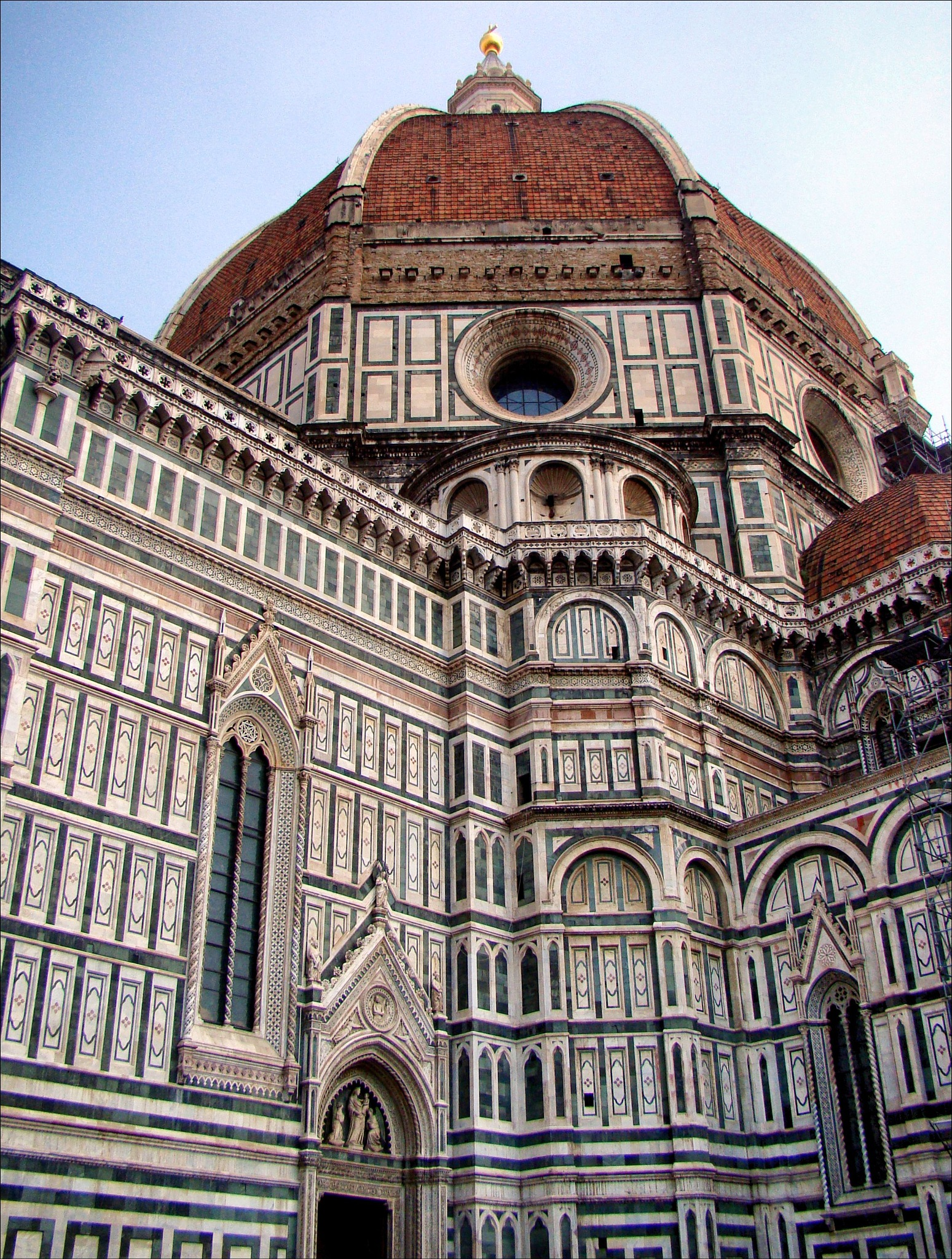 Duomo of Florence rousing Brunelleschi's dome. by Fred Matos