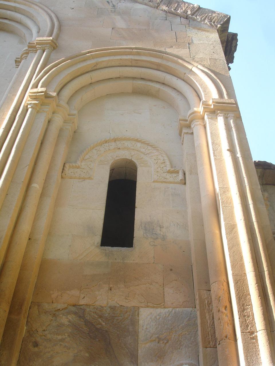 İşhan Monastery  by Saygın Saner