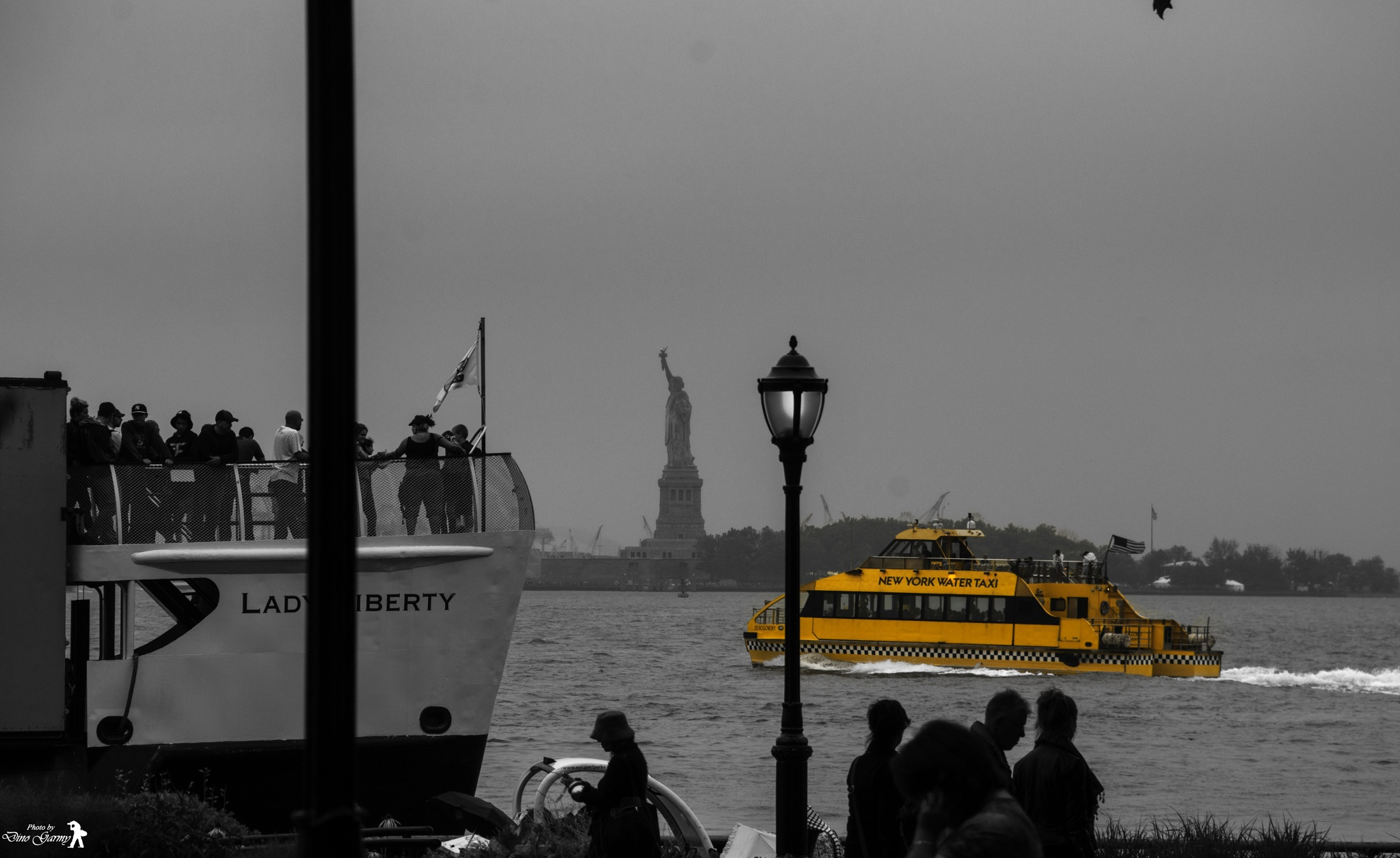 Water Yellow cab by Dino
