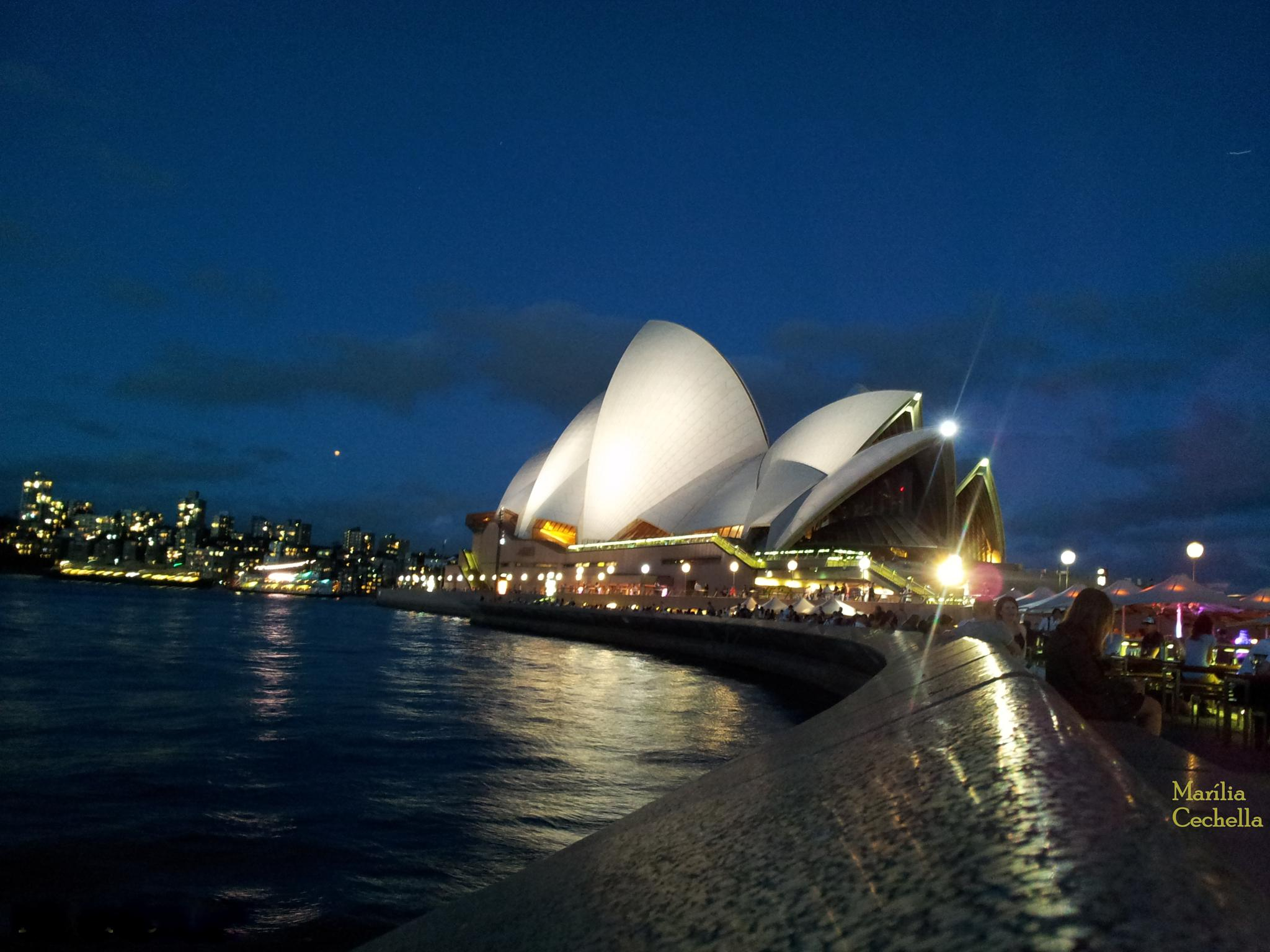Opera House of Sydney by Marília Cechella