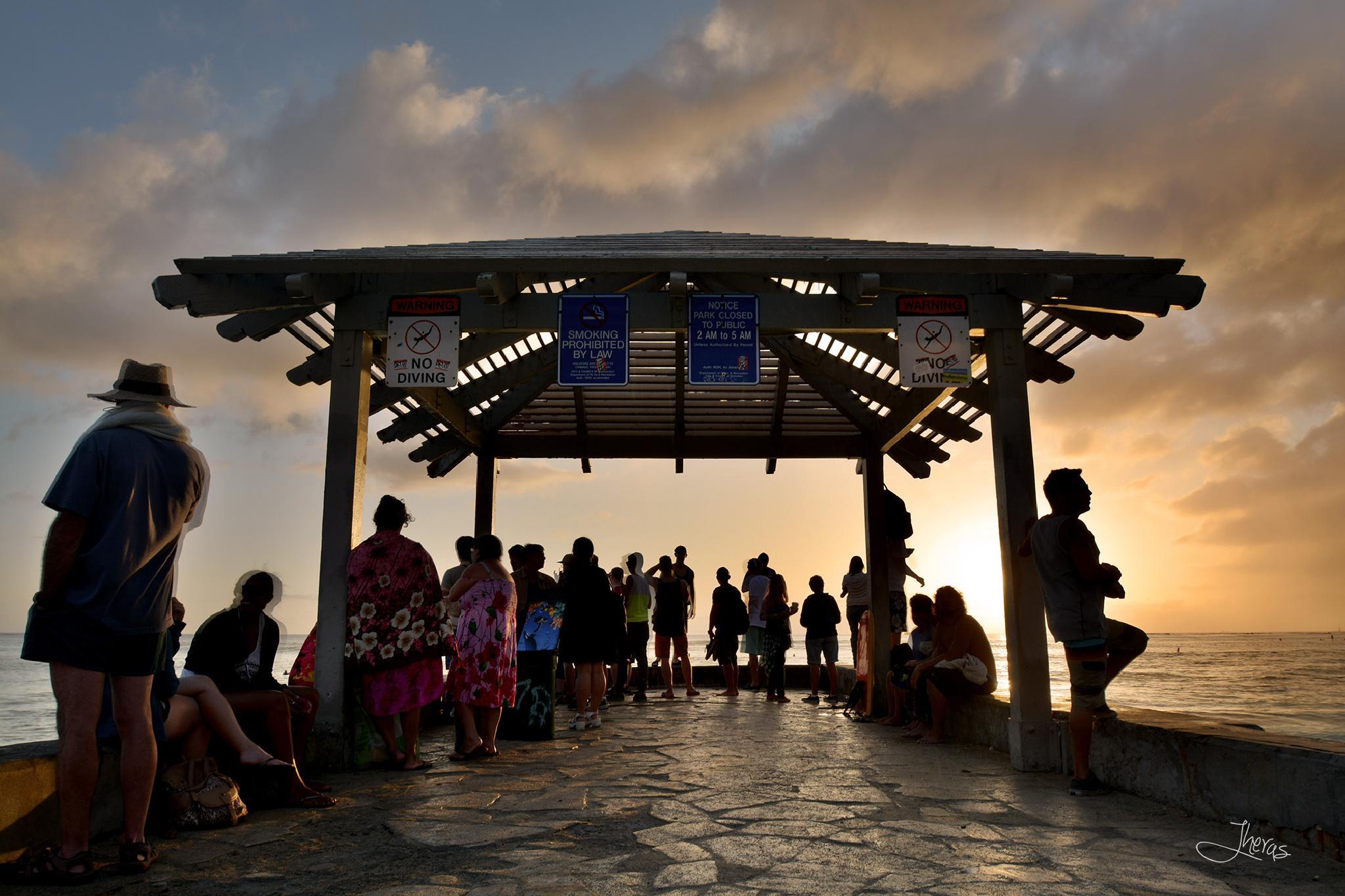 Waikiki Sunset by Jesus Heras