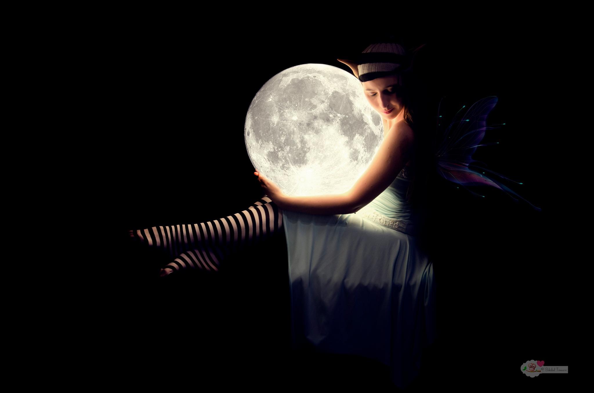 El hada de la luna by Soledad.Tessore.Fotografía