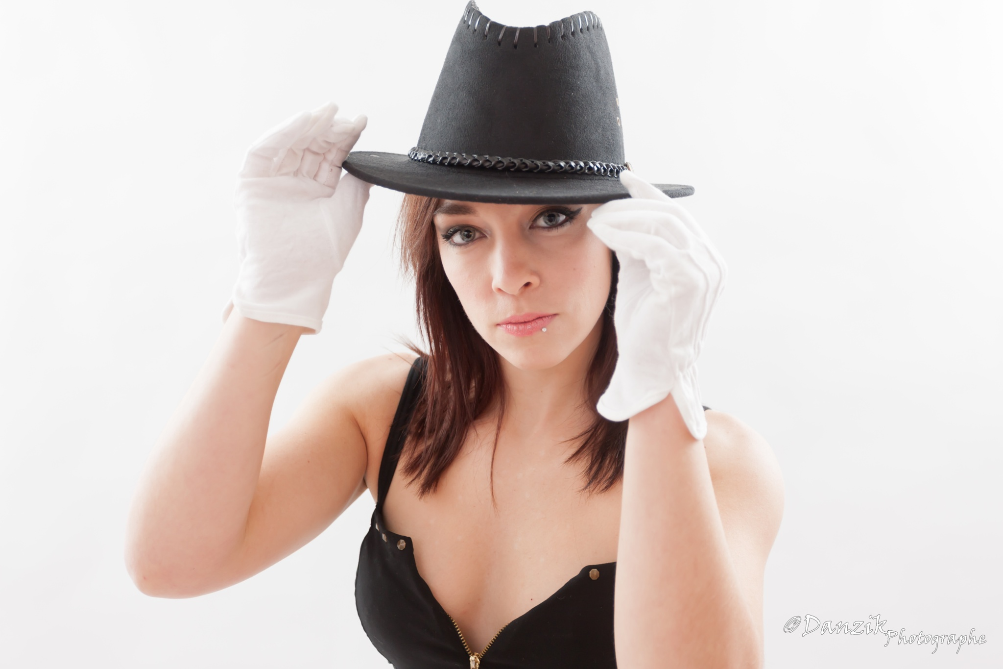 le chapeau  by Danzik Photographe