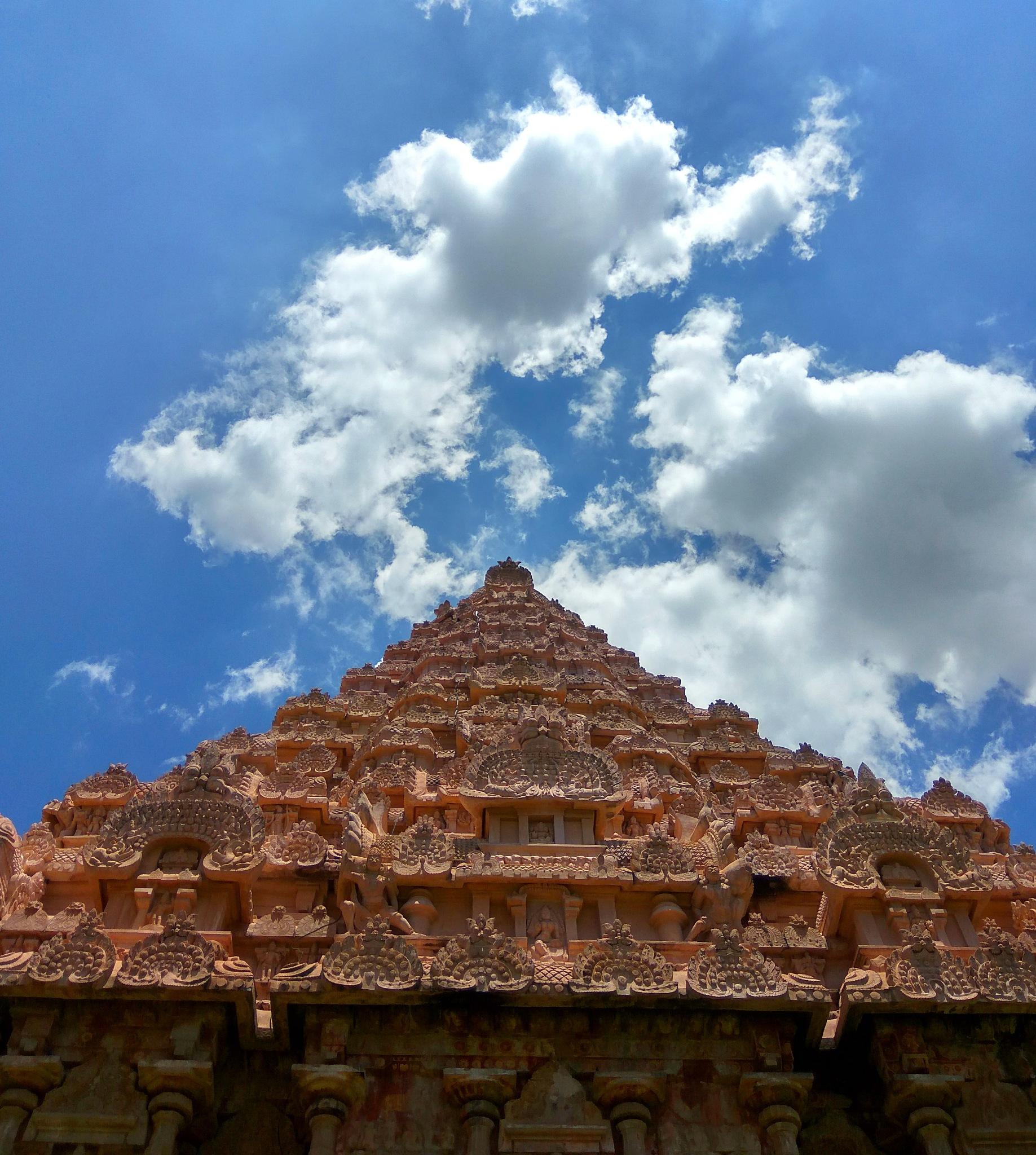 Gangaikonda Cholapuram by santhanakrishnan