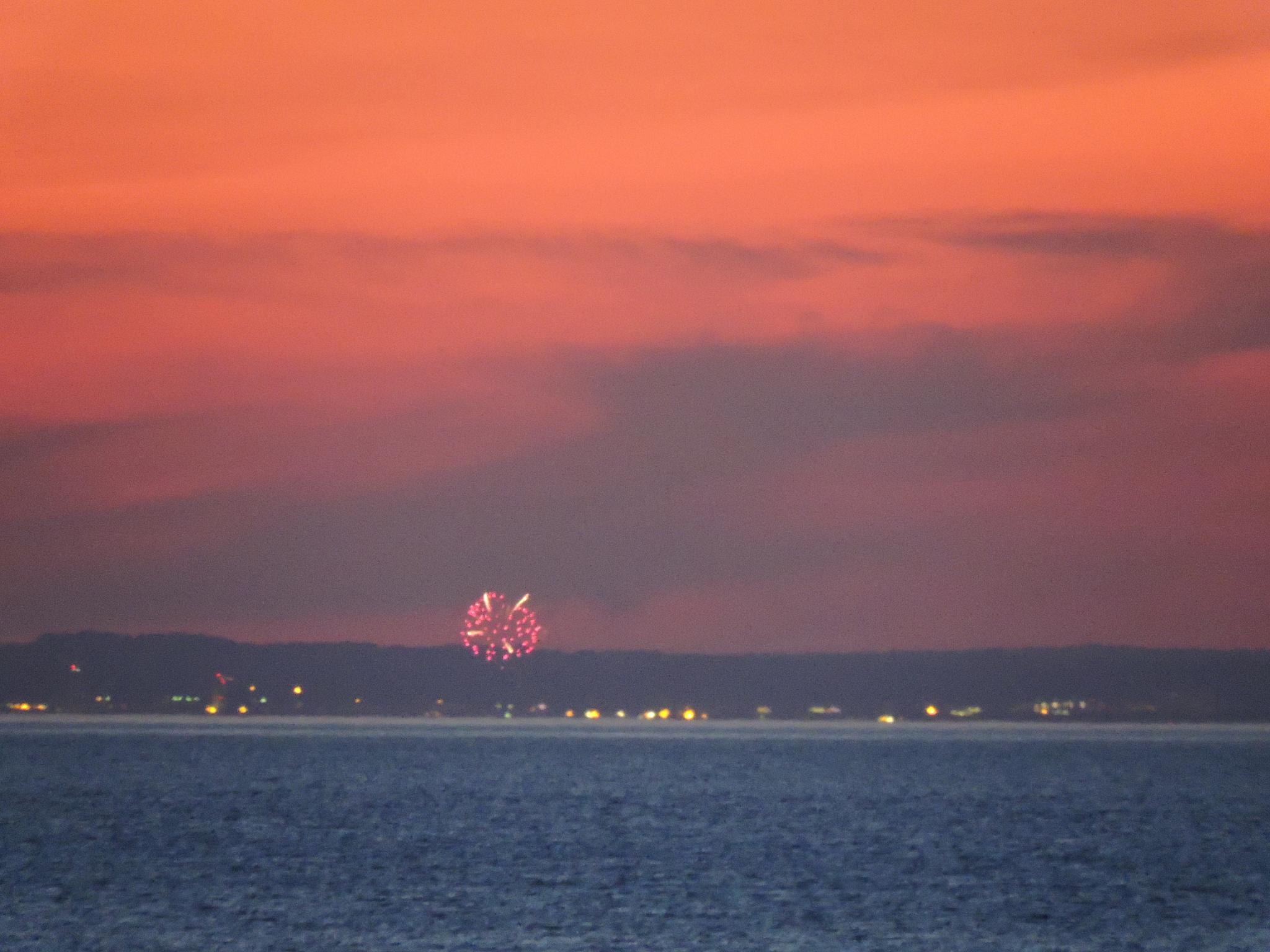fireworks by debbie.widersmith