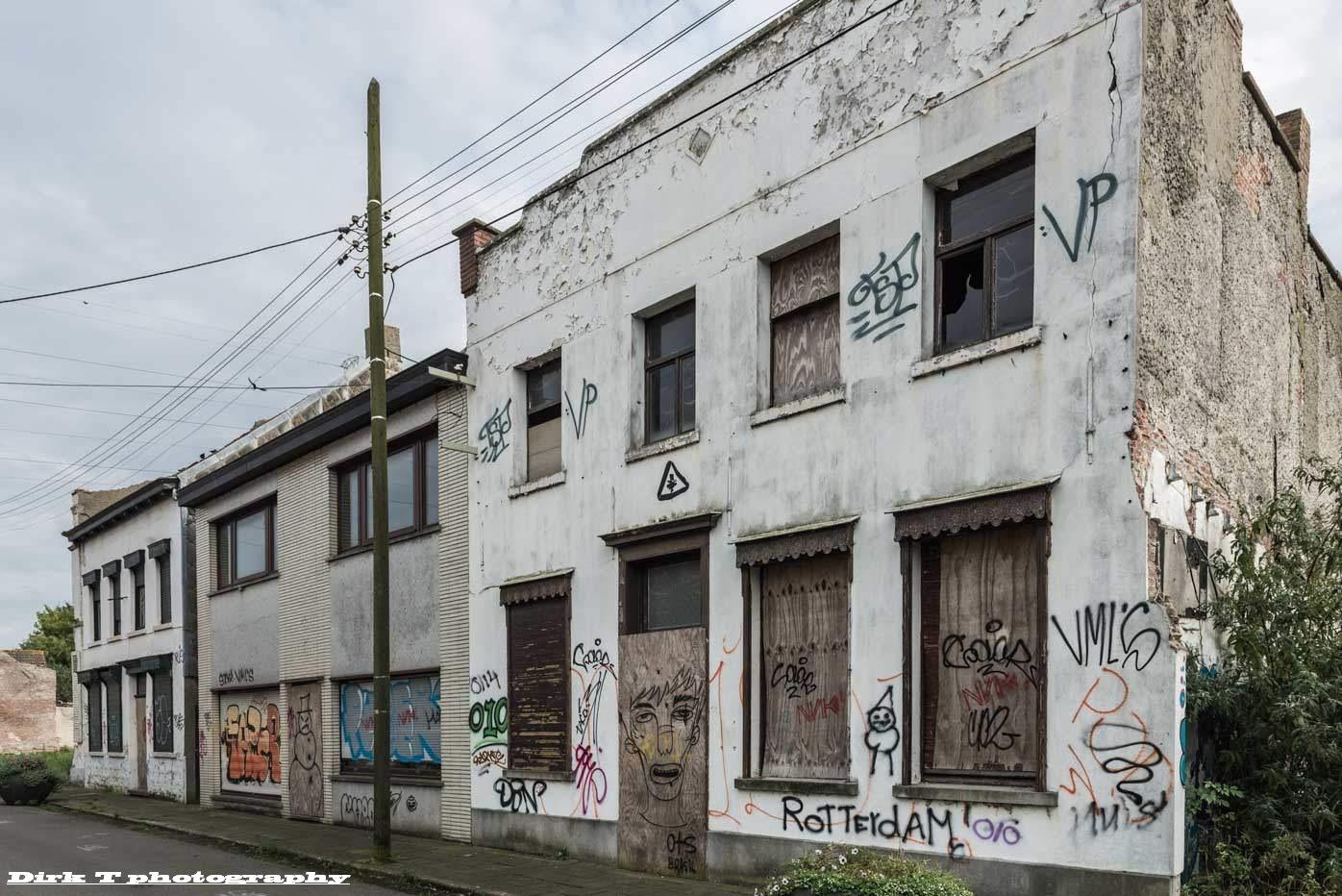 Ghost town Doel-Antwerp by dirktheuns