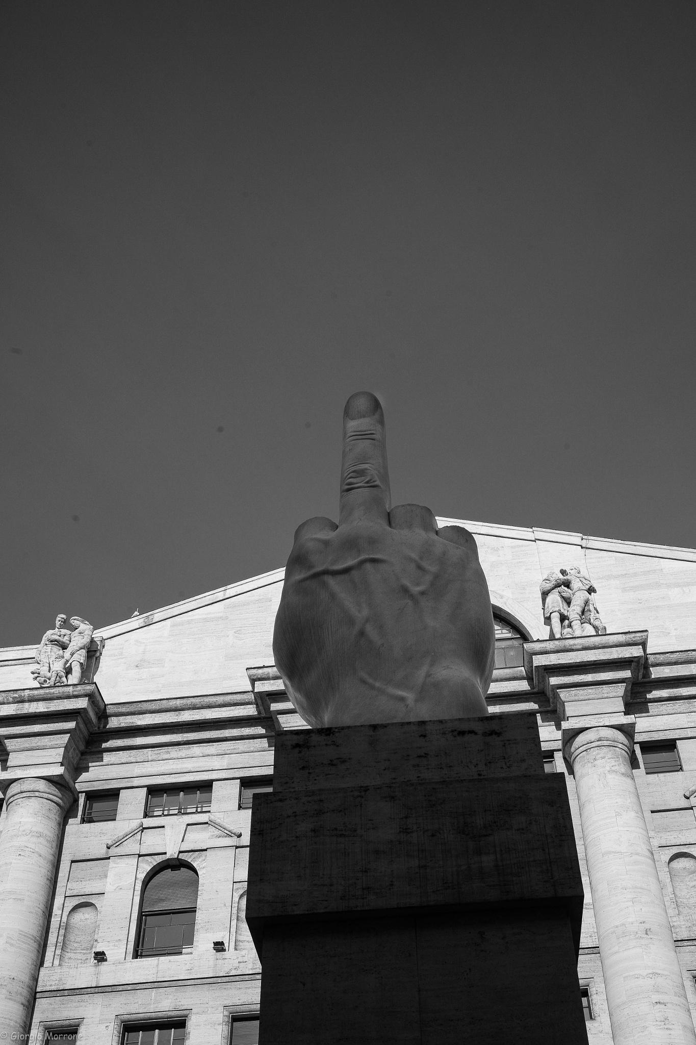 The finger by giorgiomorrone