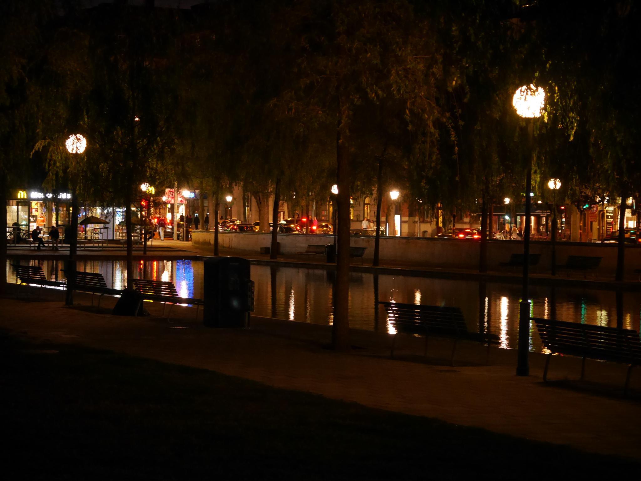 city pond by pi olsson