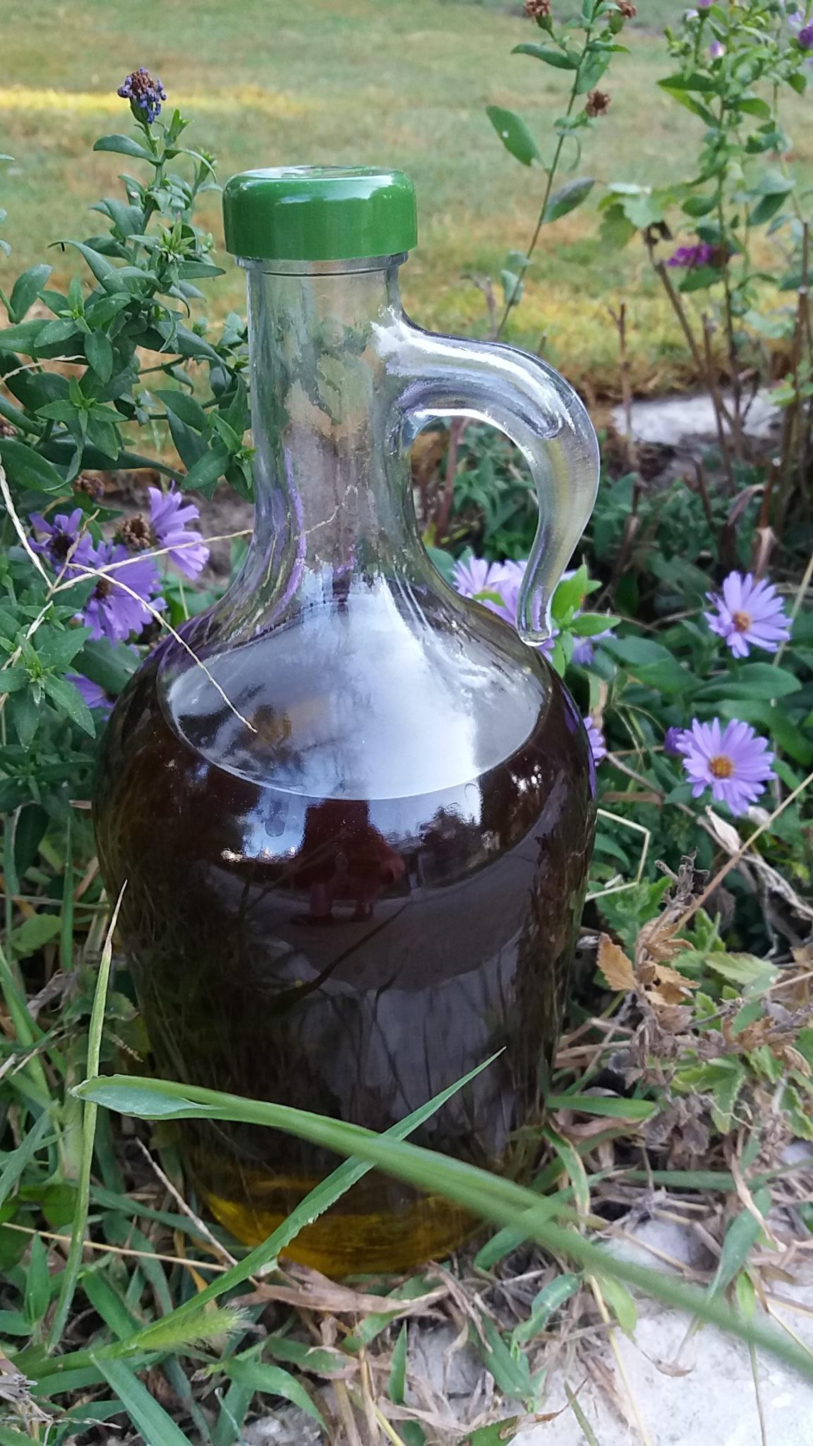 Olive oil by Ruhsar Ünsal