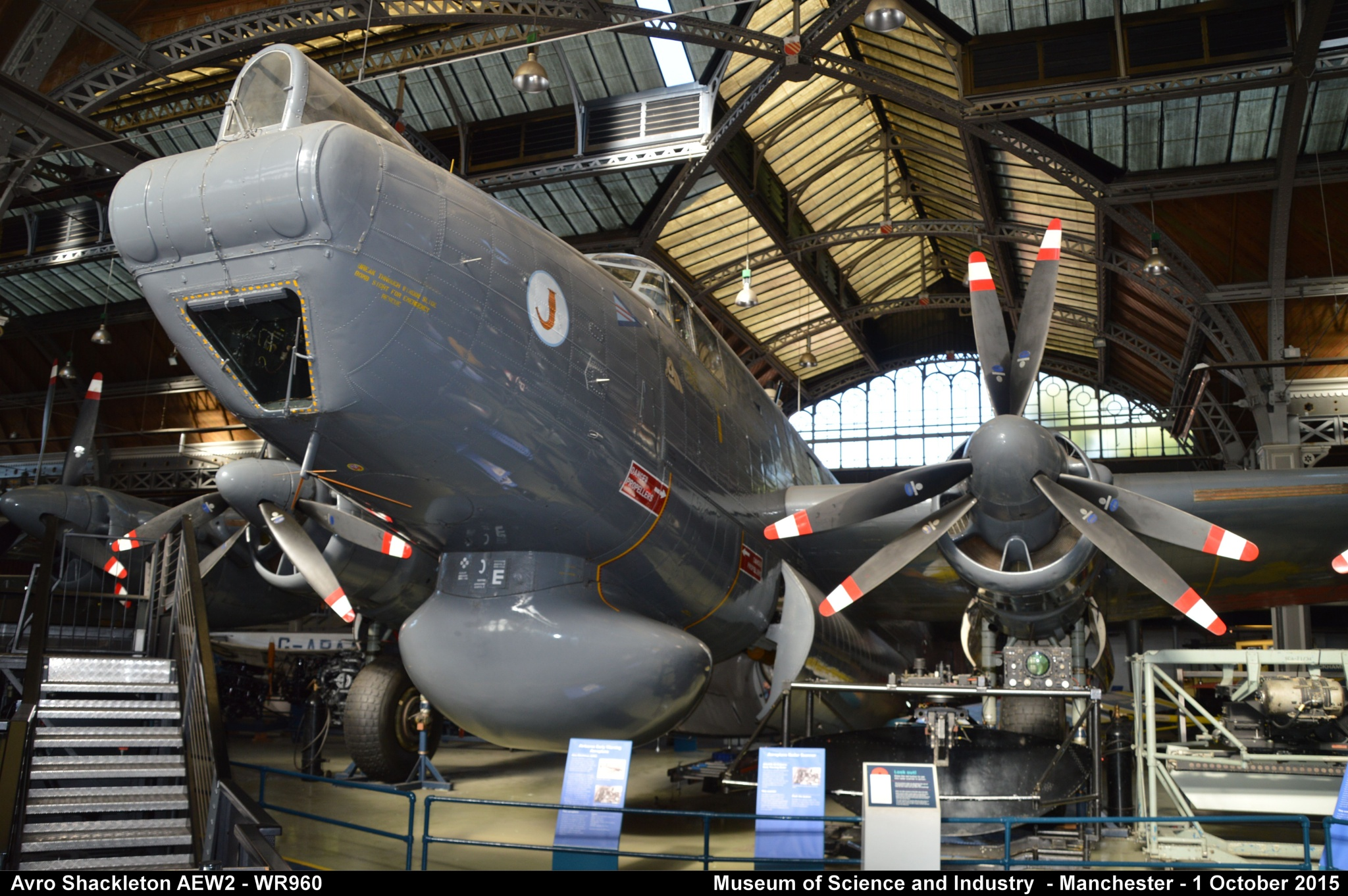Avro Shackleton AEW2 - WR960 by Graham Wood Photo Collection