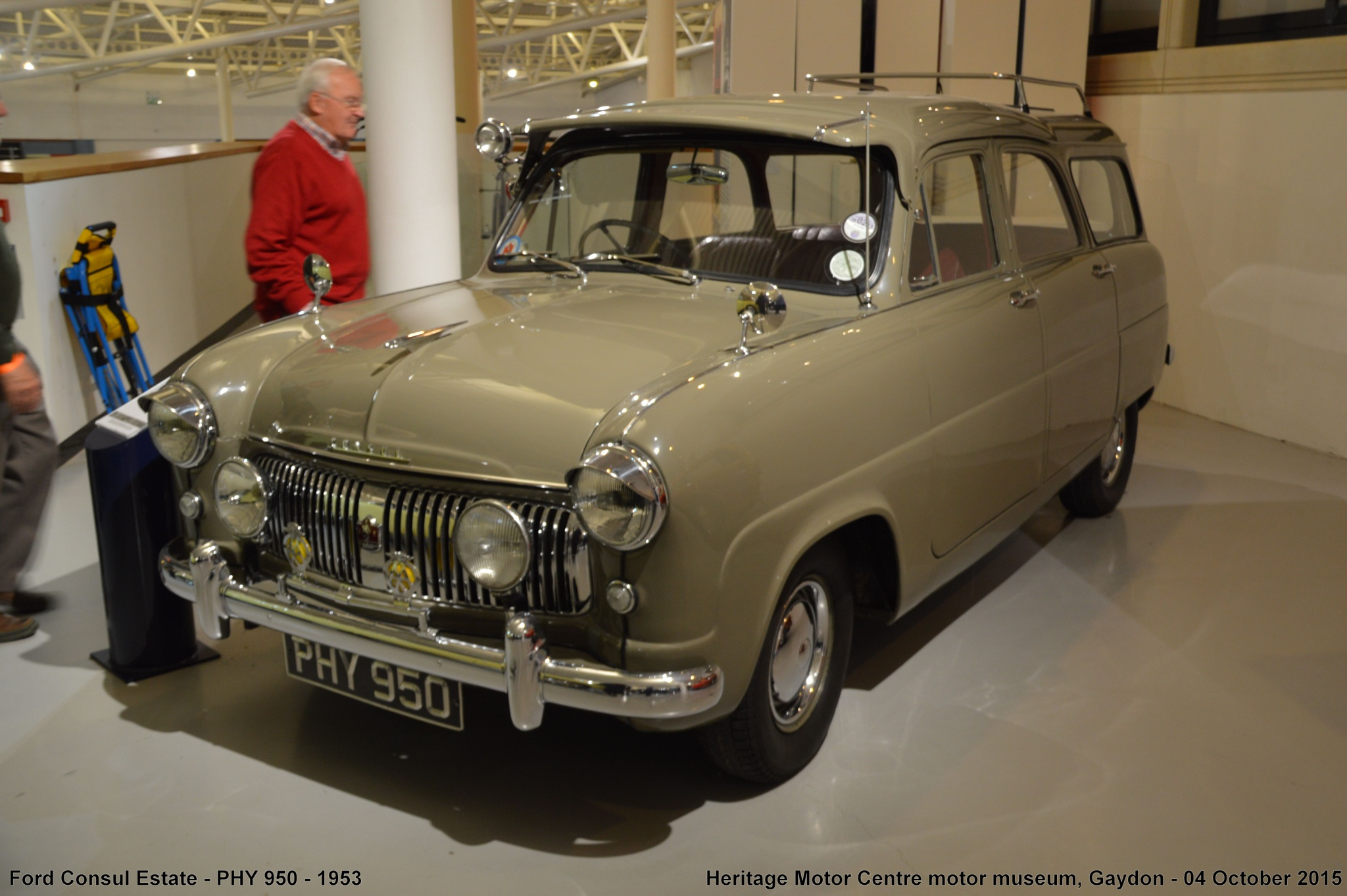 Ford Consul Estate - PHY 950 - 1953 by Graham Wood Photo Collection