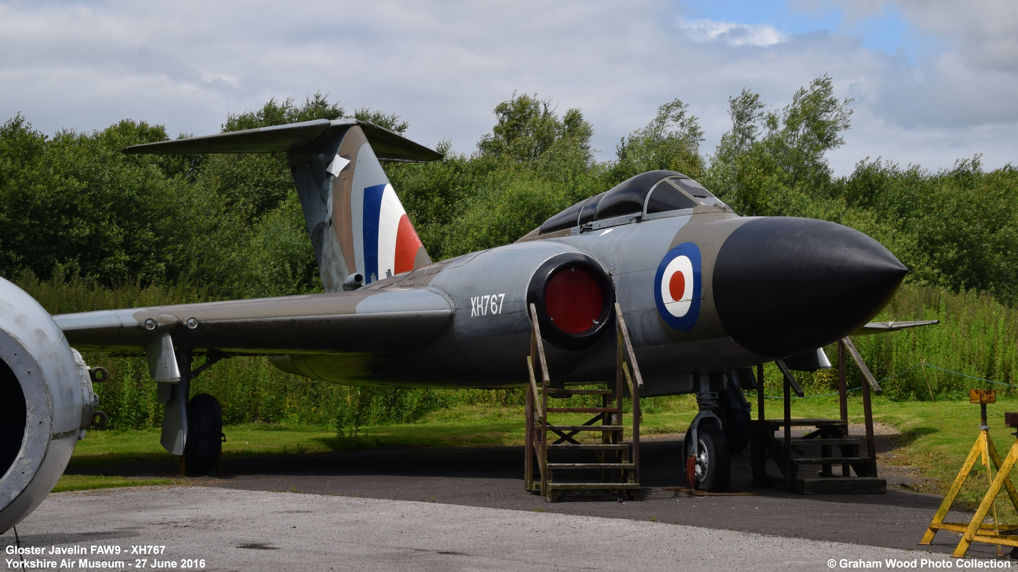 Gloster Javelin FAW9 - XH767 by Graham Wood Photo Collection