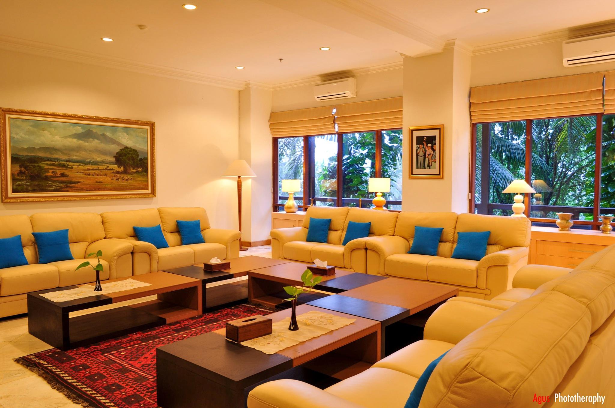 Hotel Room by http://agusherisetiawan.blogspot.co.id/