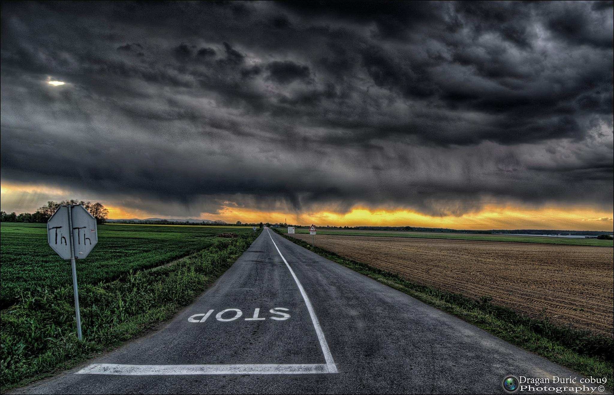 Storm is coming by Dragan Đurić