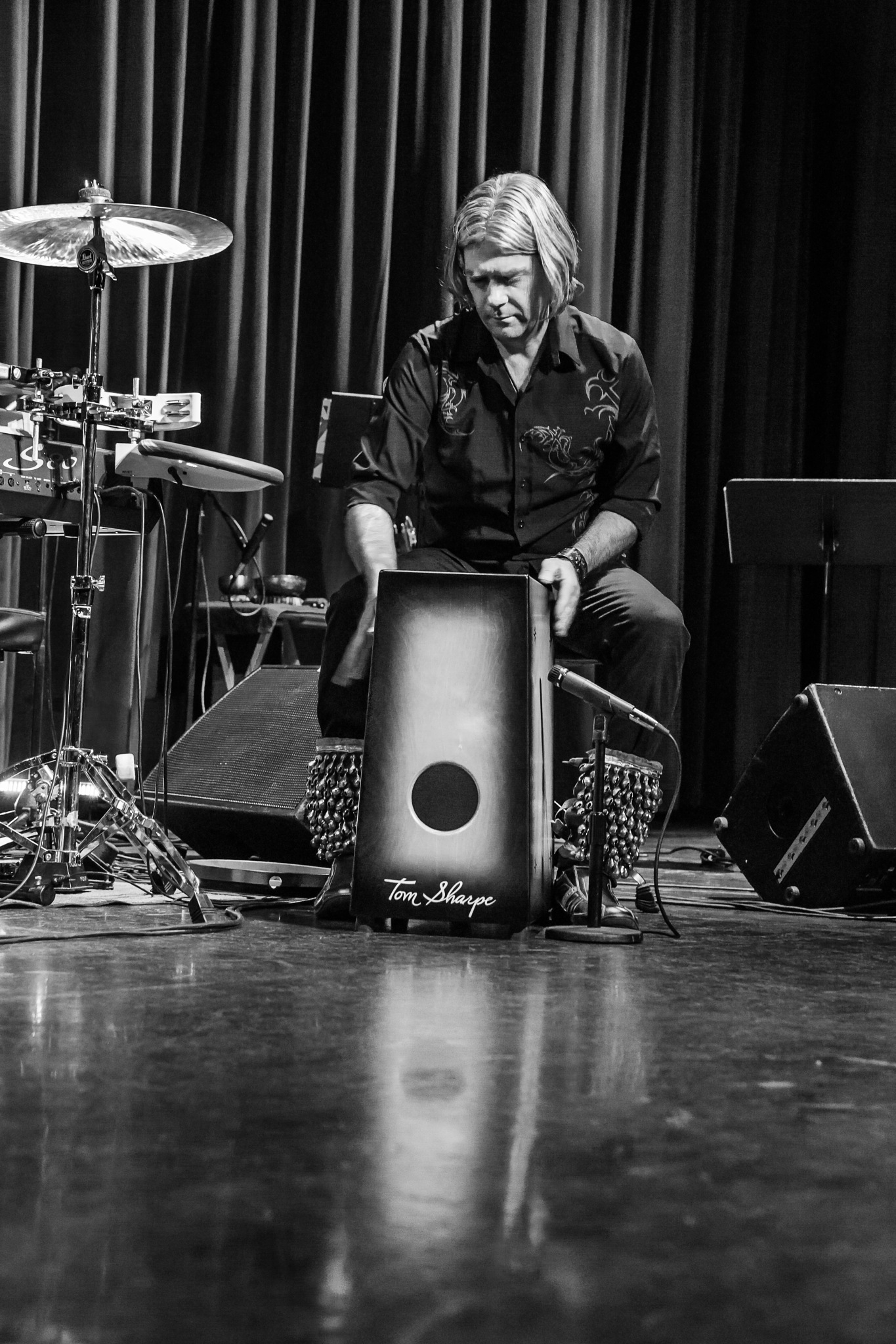 TOM SHARPE LIVE / solo tour 2017  by TJ - A H Wolf Photography