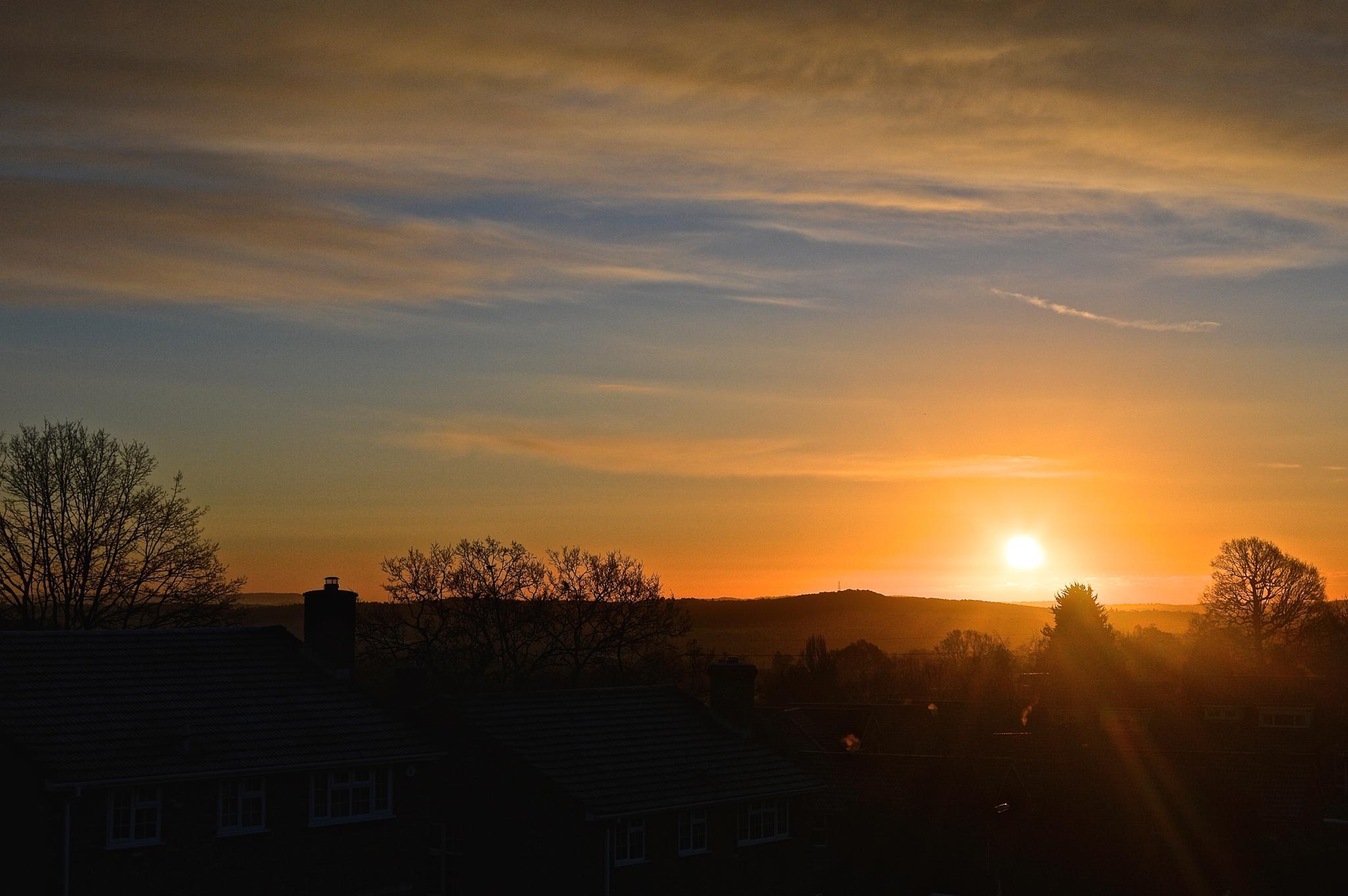 Sunrise by Soonbesummer