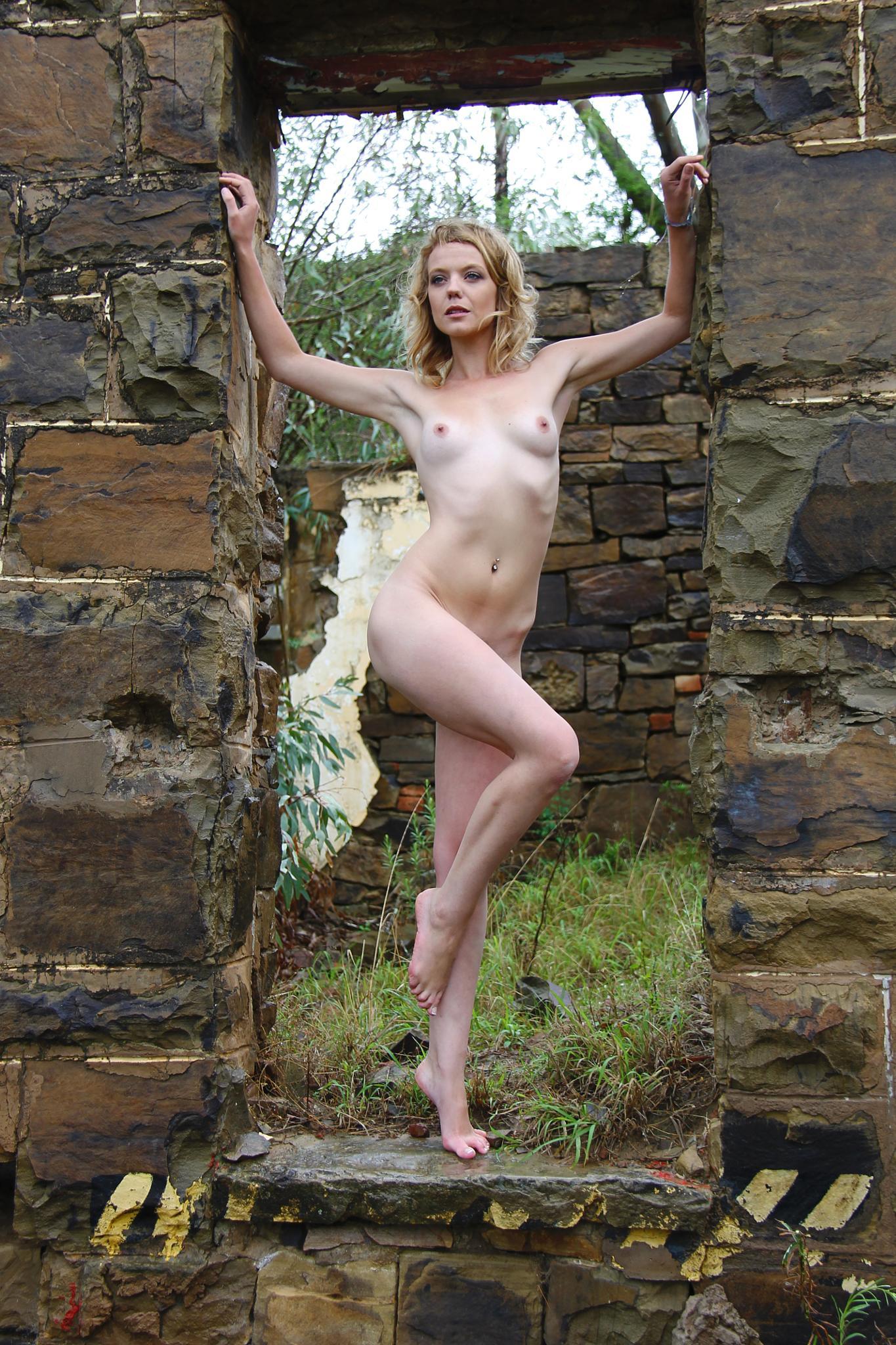 Blonde Model 6 by Lisa Steyn
