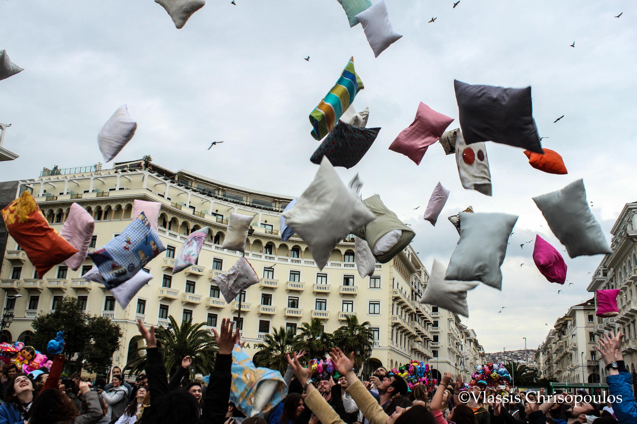 Pillow fight by vlassis.chrisopoulos