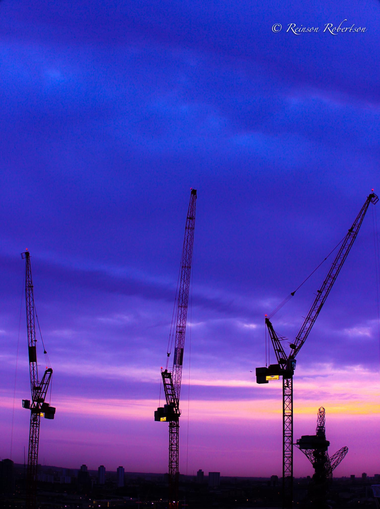 LONDON CRANES & THE ARCELORMITTAL ORBIT by Reinson Robertson
