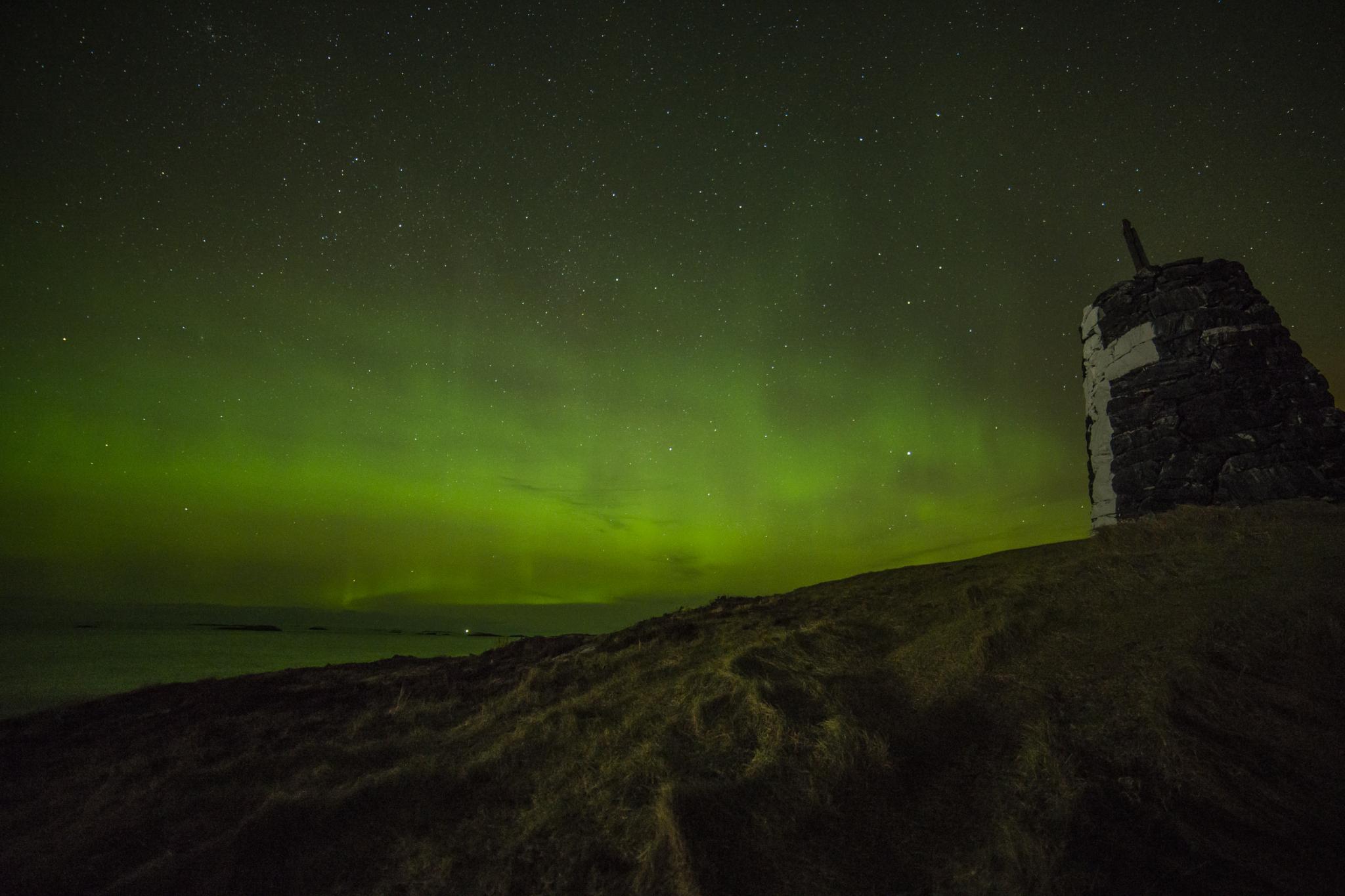 Magical aurora night by roger.kummervold