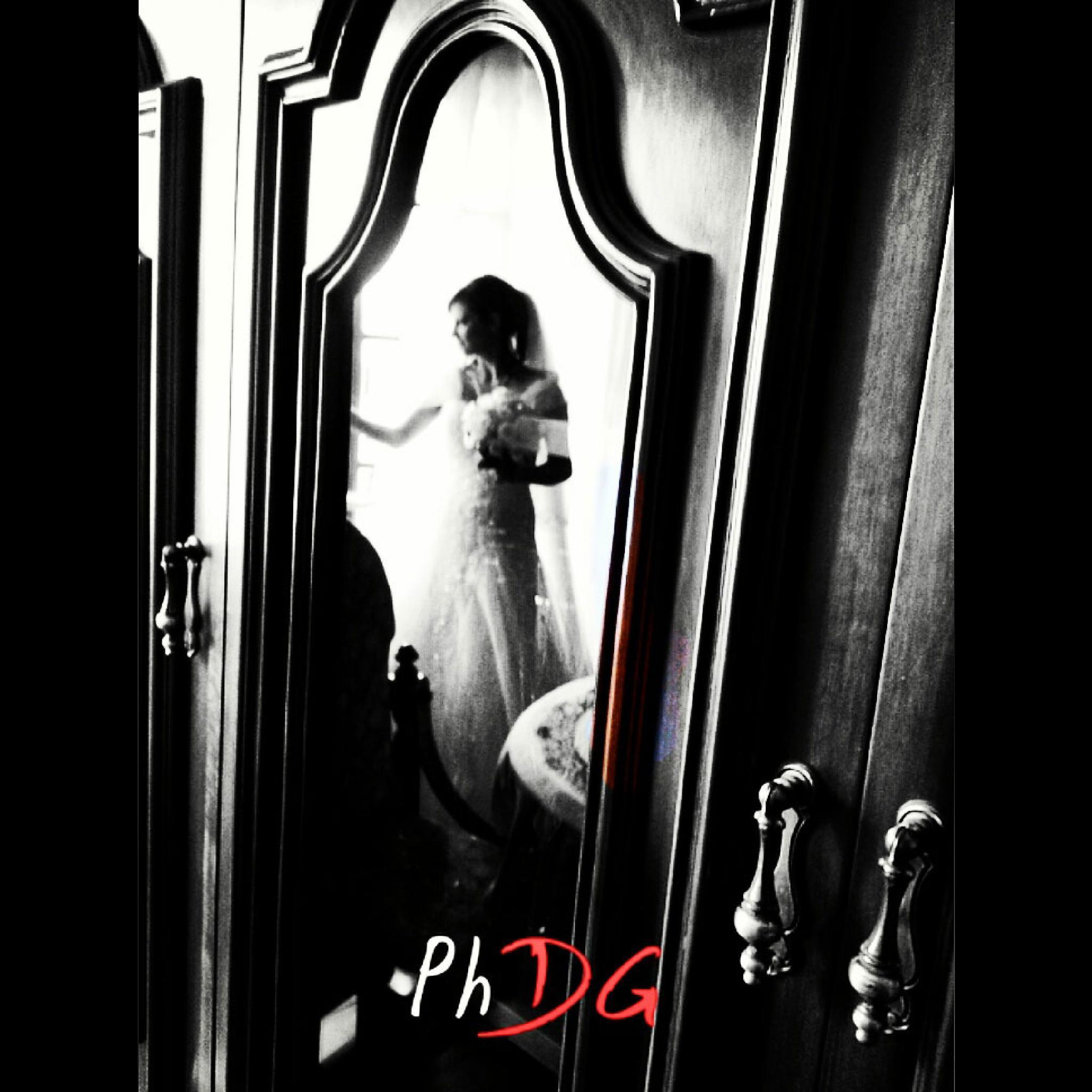 Mirror and Wedding by garrisidaniele