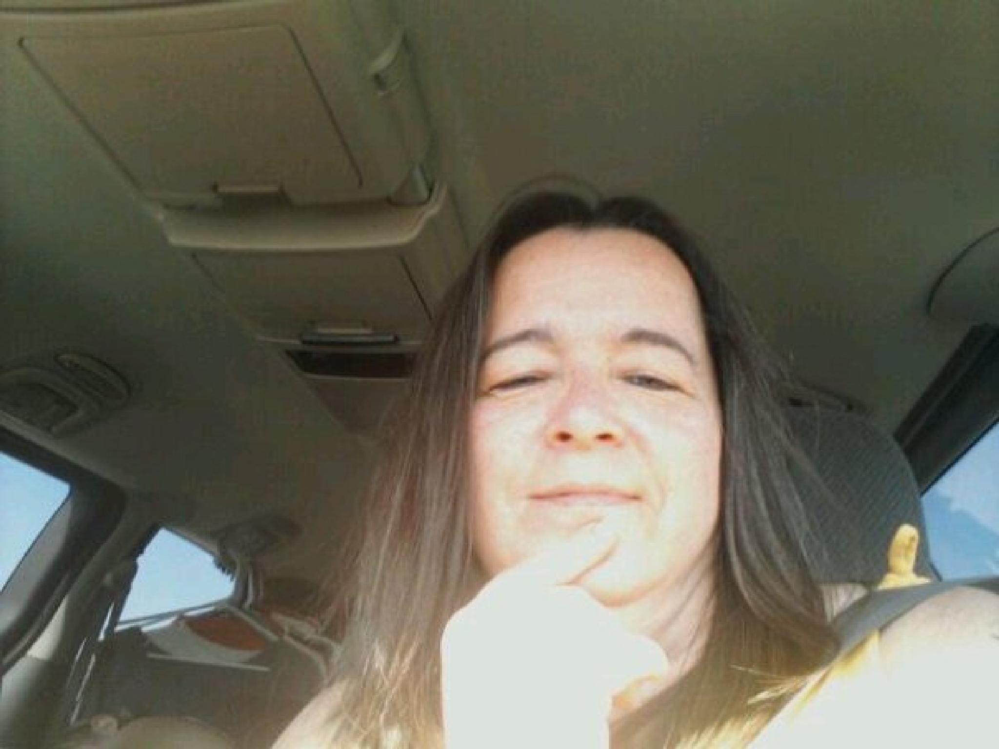 Random messy famous selfy lol by robin.warner.756