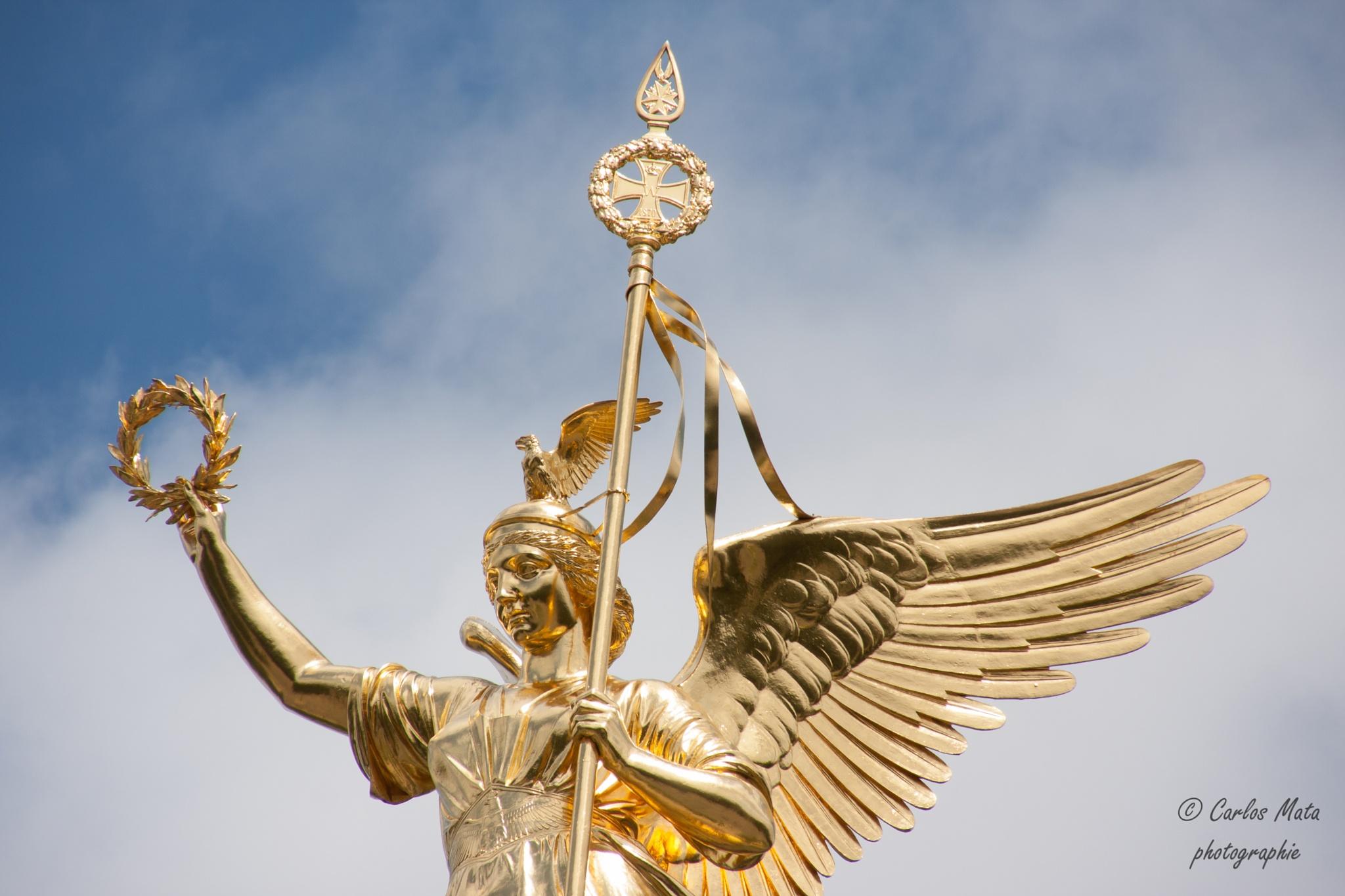 Goddess of victory by CarlosMataPhotographe