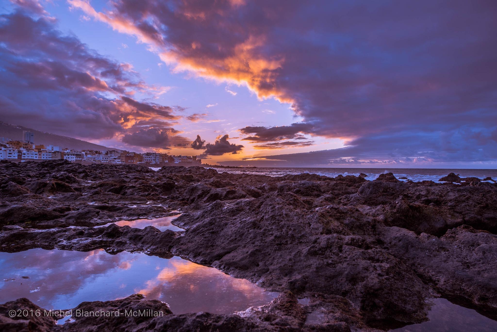 Lava Rocks by Michel B