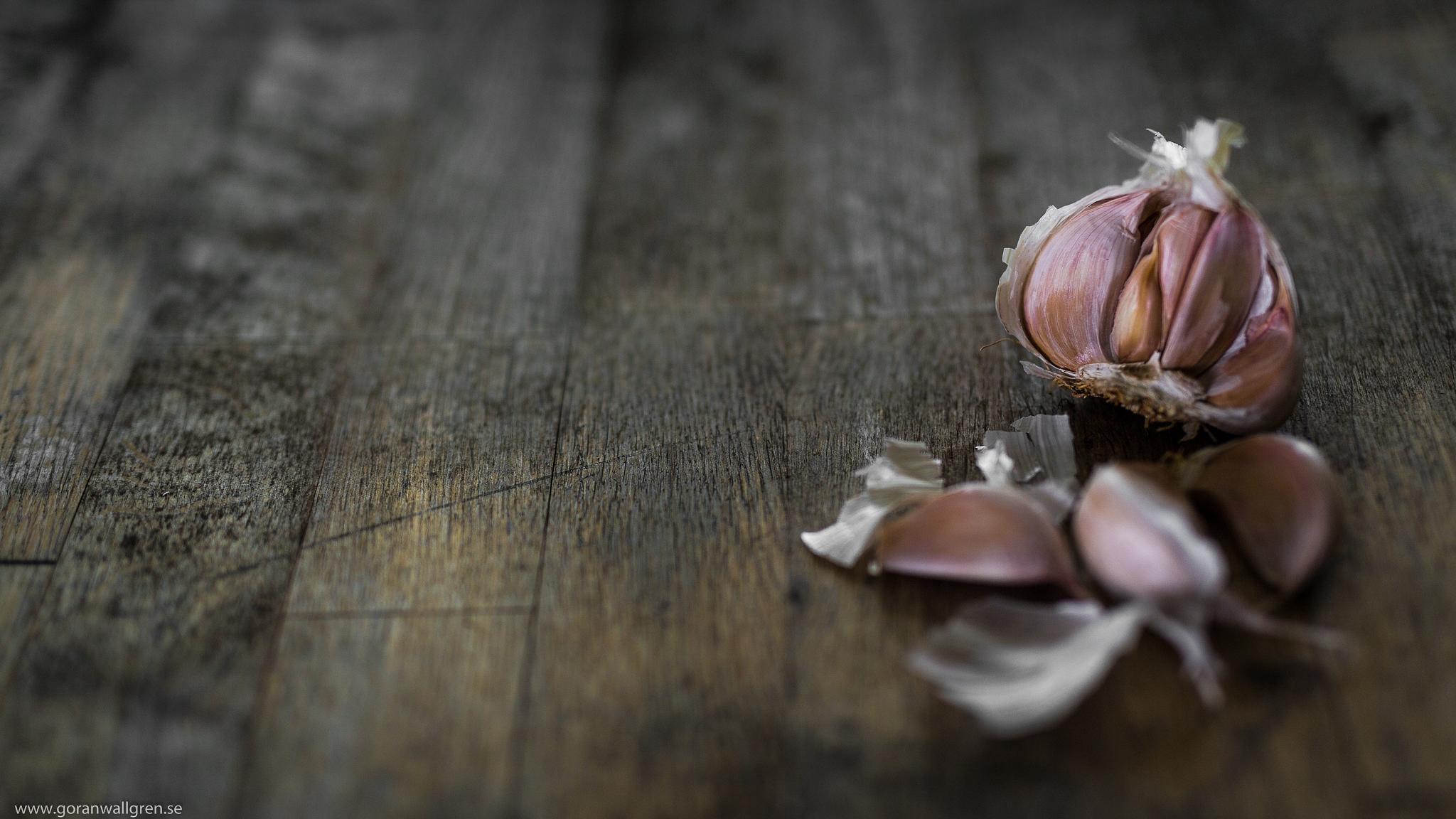 Garlic by Göran Wallgren